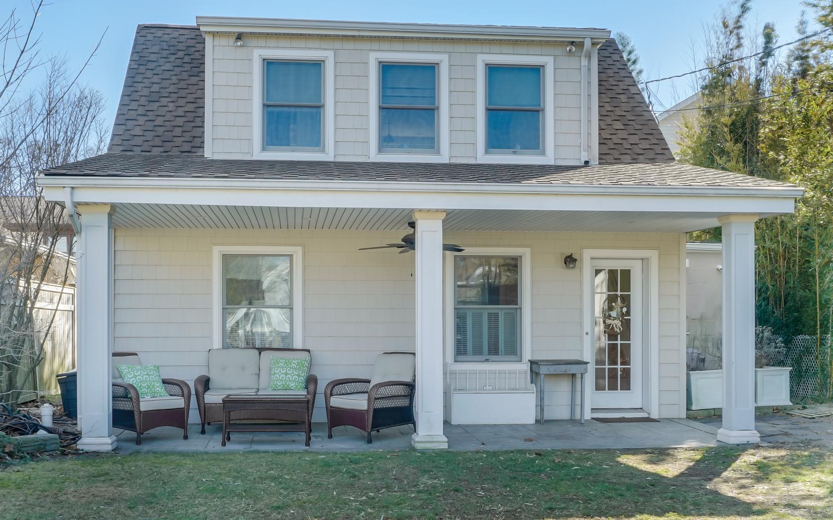 sales property at Modern & Bright Seashore Home