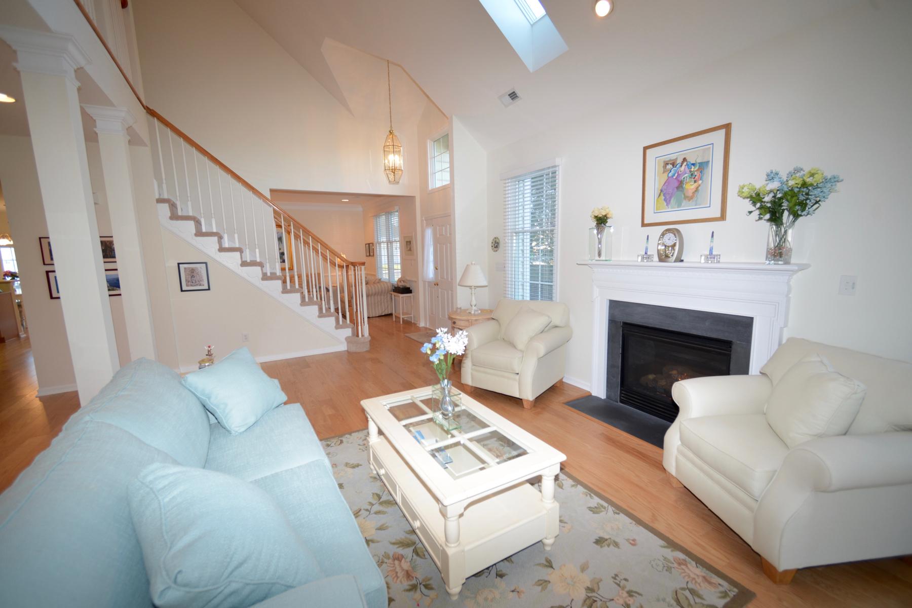 共管式独立产权公寓 为 销售 在 17195 S. Mill Lane , 161, Ocean View, DE 19970 17195 S. Mill Lane 161 奥切安, 特拉华州 19970 美国