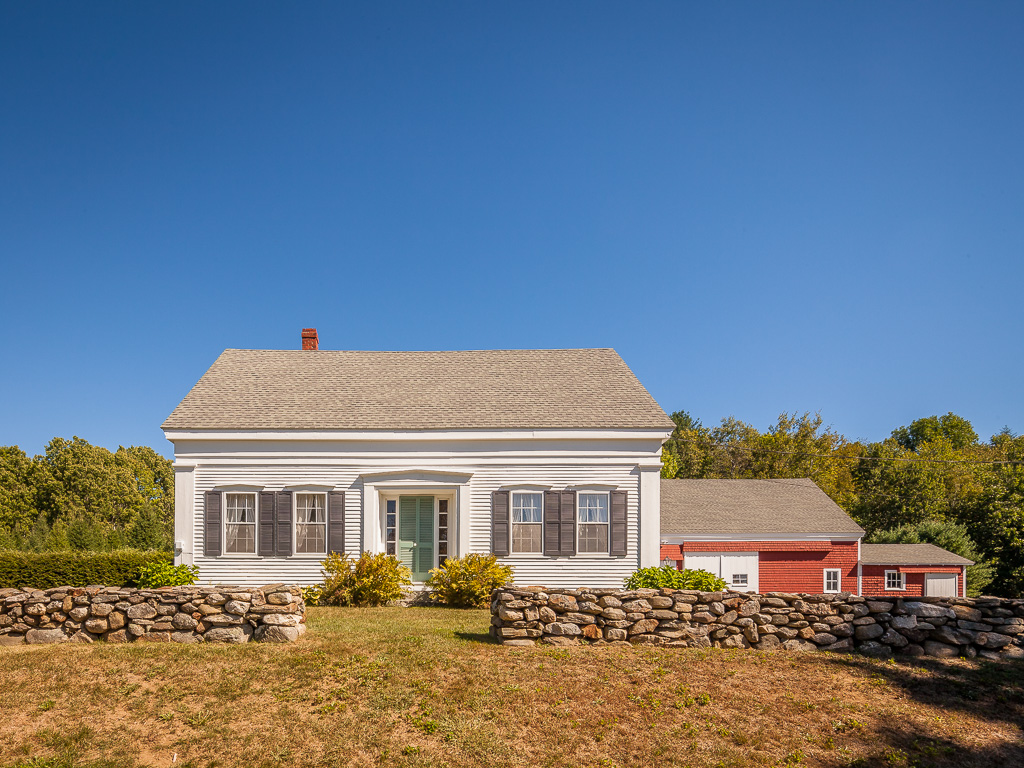 Single Family Home for Sale at Country Farmhouse 210 S Union Road Union, Maine 04862 United States