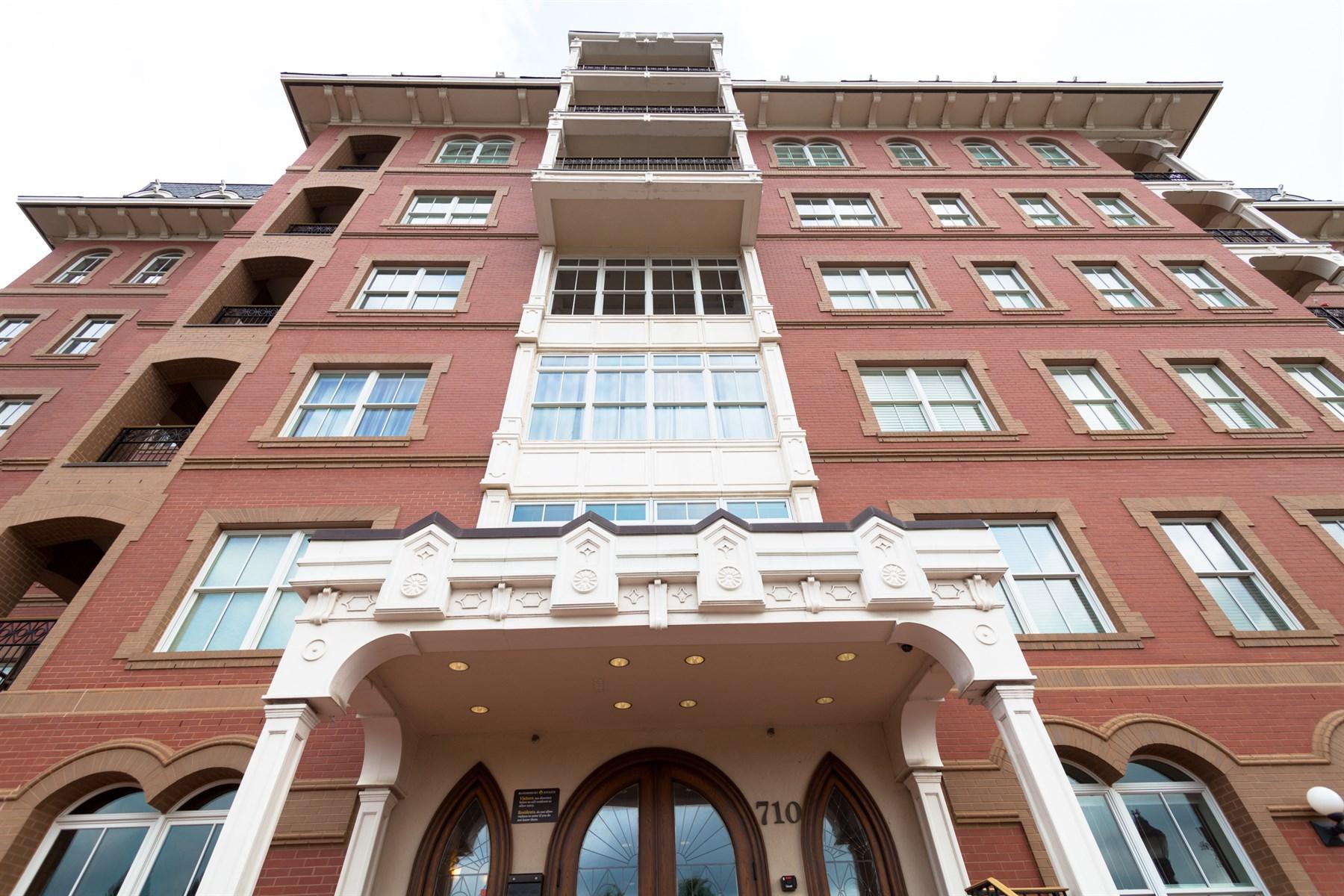 Condominium for Sale at Bloomsbury Estates 710 Independence Place Unit # 208 Raleigh, North Carolina 27603 United States