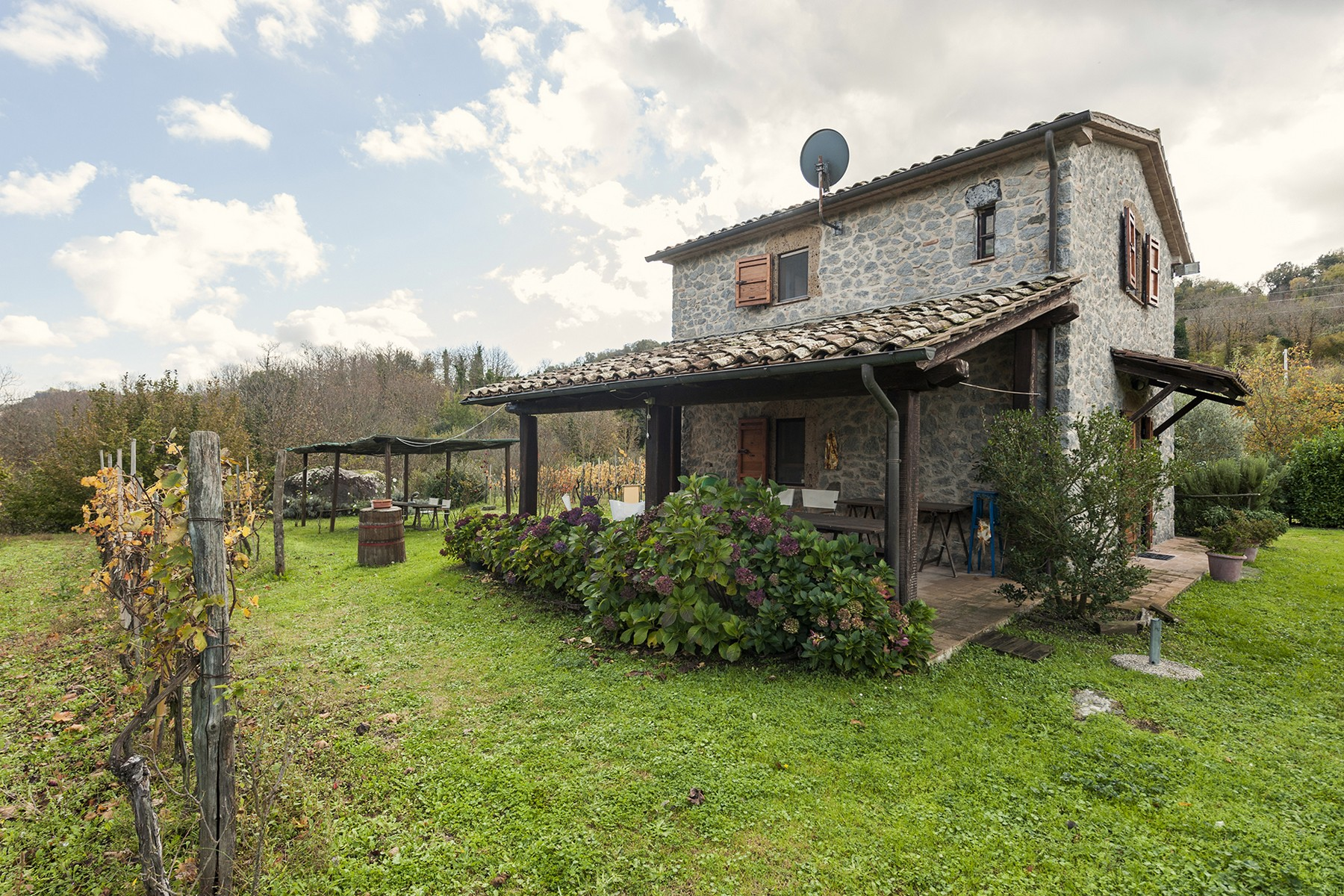 Additional photo for property listing at Charming house in the countryside Acquapendente Acquapendente, Viterbo 01021 Italie