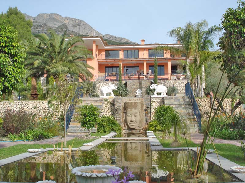 Single Family Home for Sale at Stunning mansion in Altea, Alicante, Costa Blanca, Spain, with a big designer ga Altea, Alicante Costa Blanca 03590 Spain