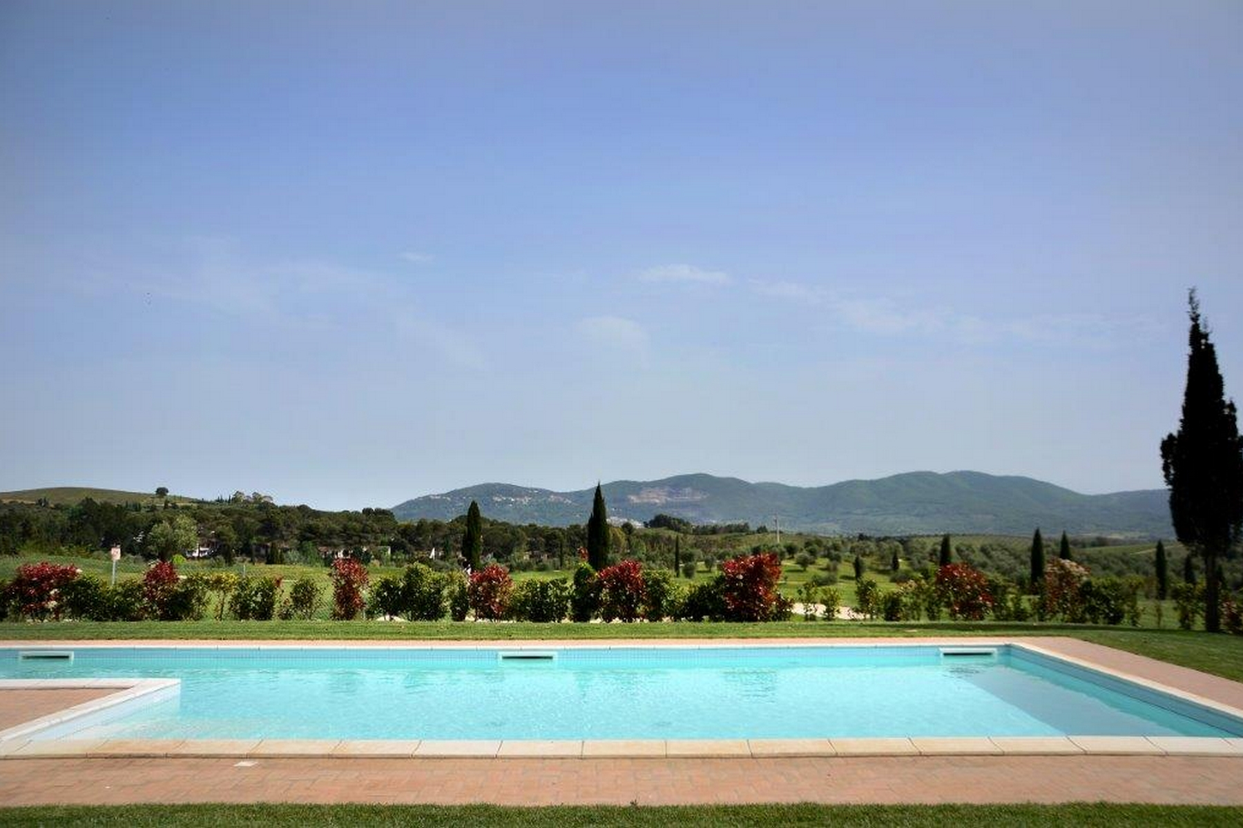 Additional photo for property listing at Golf, hills and Tuscan countryside Gavorrano Gavorrano, Grosseto 58023 Italien
