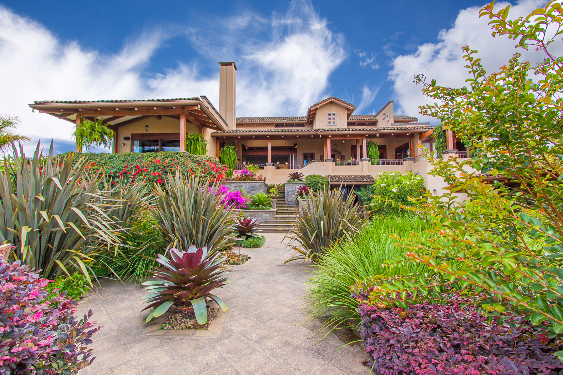 Single Family Home for Sale at Dream Home Bosques de Altamonte Curridabat, San Jose 11802 Costa Rica