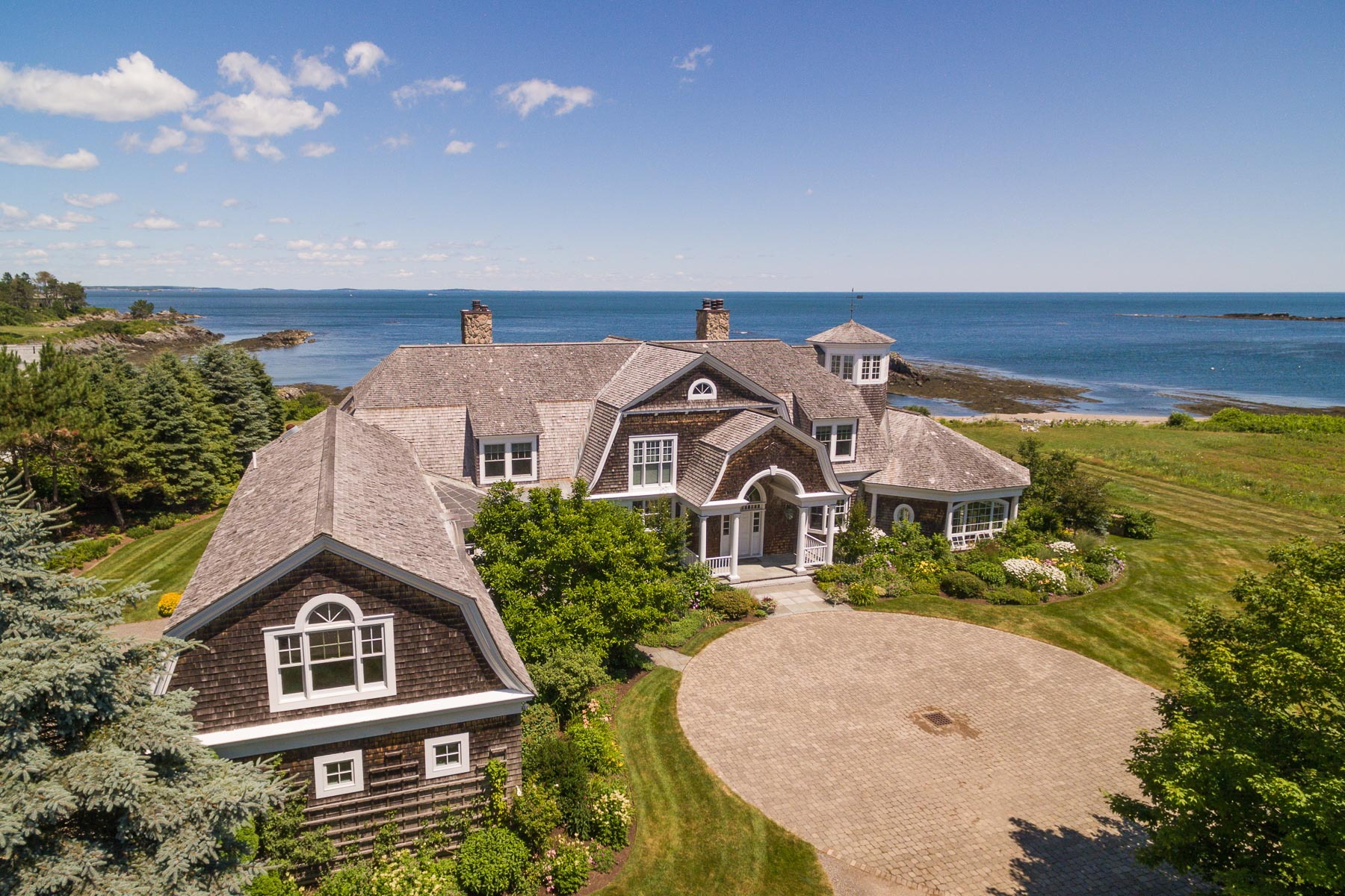 Single Family Home for Sale at 413 Pulpit Rock Road Cape Elizabeth, Maine 04107 United States