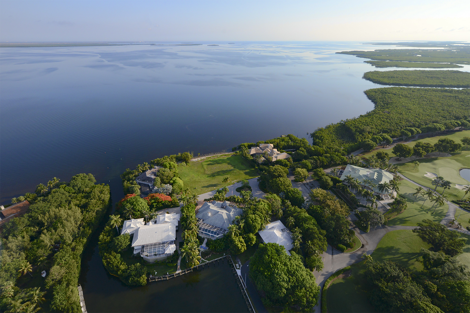 Земля для того Продажа на Finest Bay Front Vacant Land at Ocean Reef 6 & 7 Cannon Point Road Ocean Reef Community, Key Largo, Флорида, 33037 Соединенные Штаты