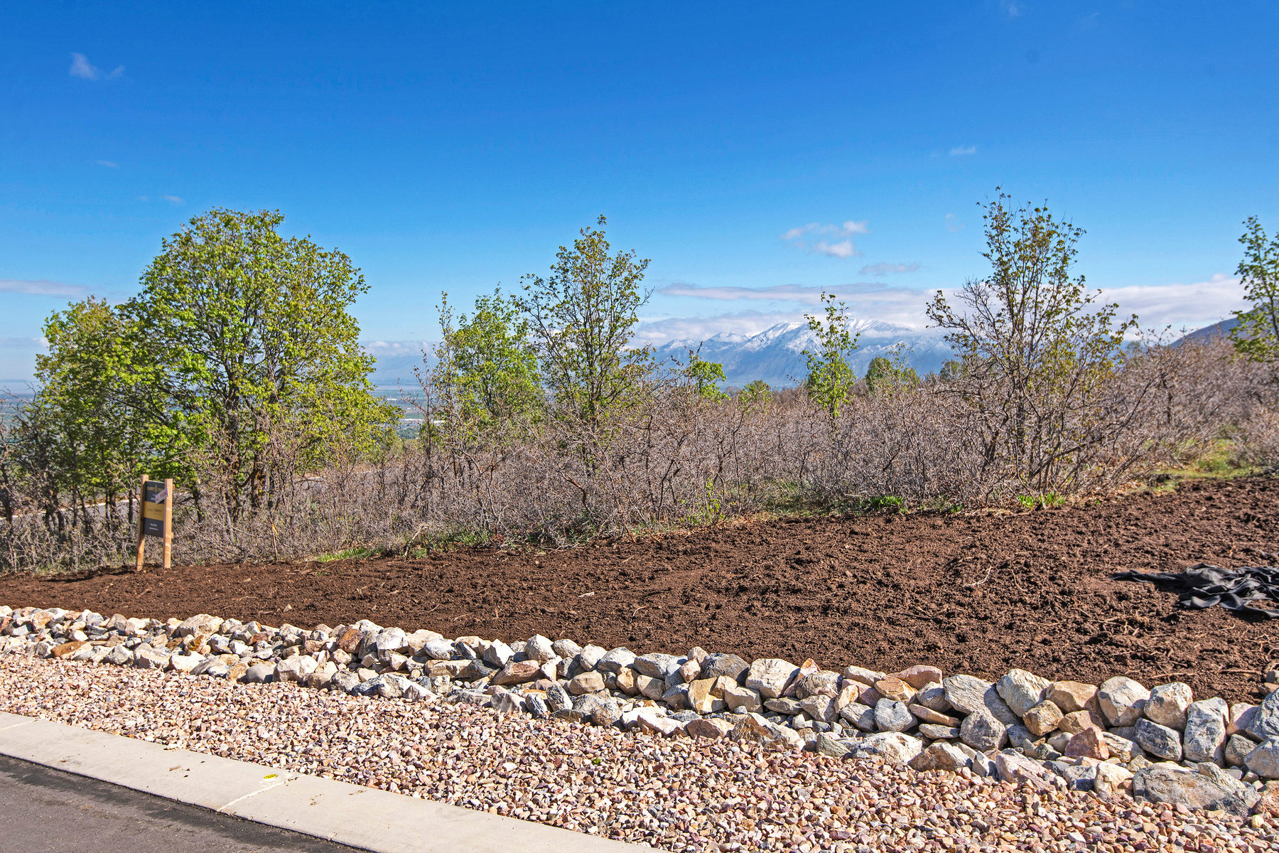 Terreno per Vendita alle ore Prime Lot in Summit Creek 732 S Summit Creek Dr Lot #21 Woodland Hills, Utah 84653 Stati Uniti