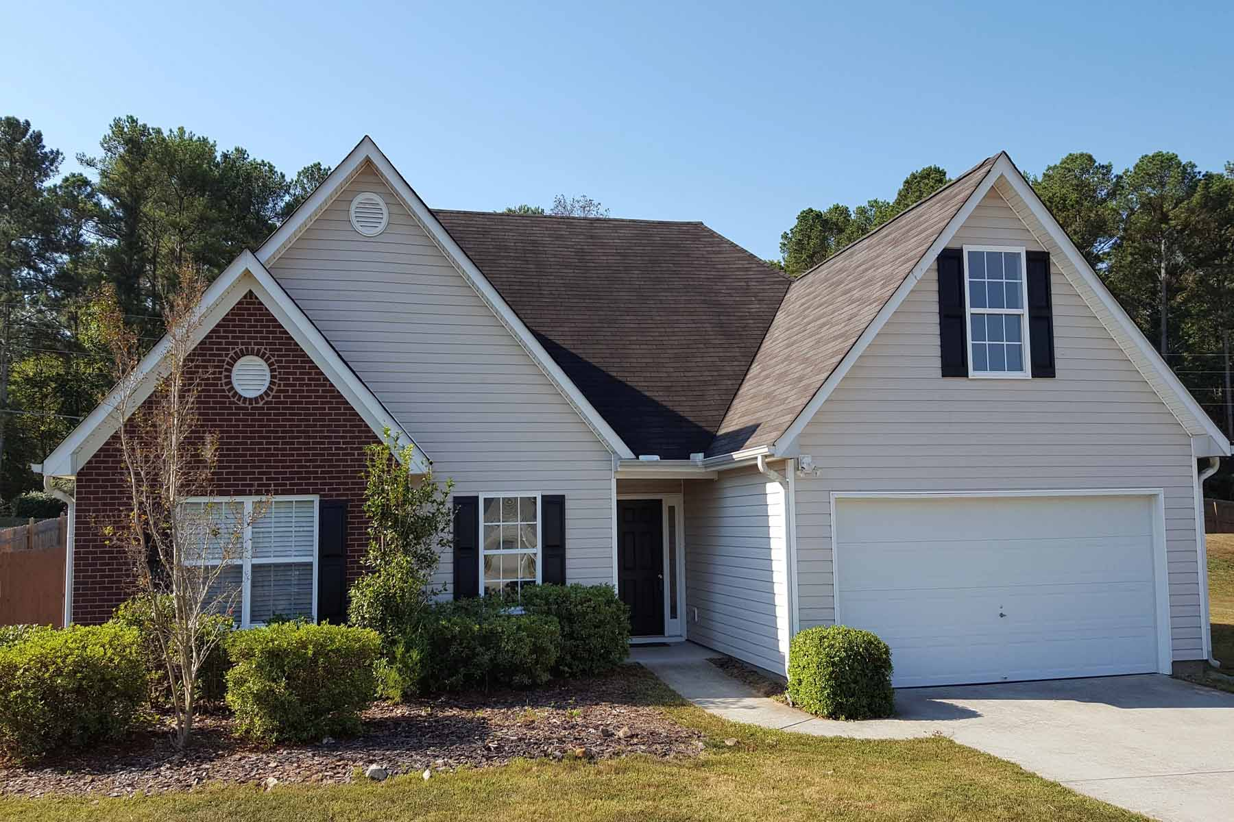 Single Family Home for Active at A Gwinnett Ranch Home with Bonus Room on Spacious Fenced Corner Lot 3396 Madison Ridge Trail Snellville, Georgia 30039 United States
