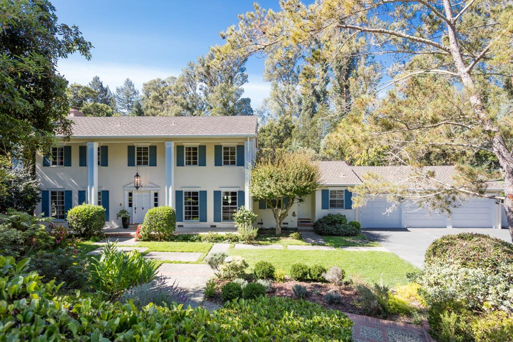 独户住宅 为 销售 在 20 Tevis Place, HILLSBOROUGH 希尔斯伯勒, 加利福尼亚州 94010 美国