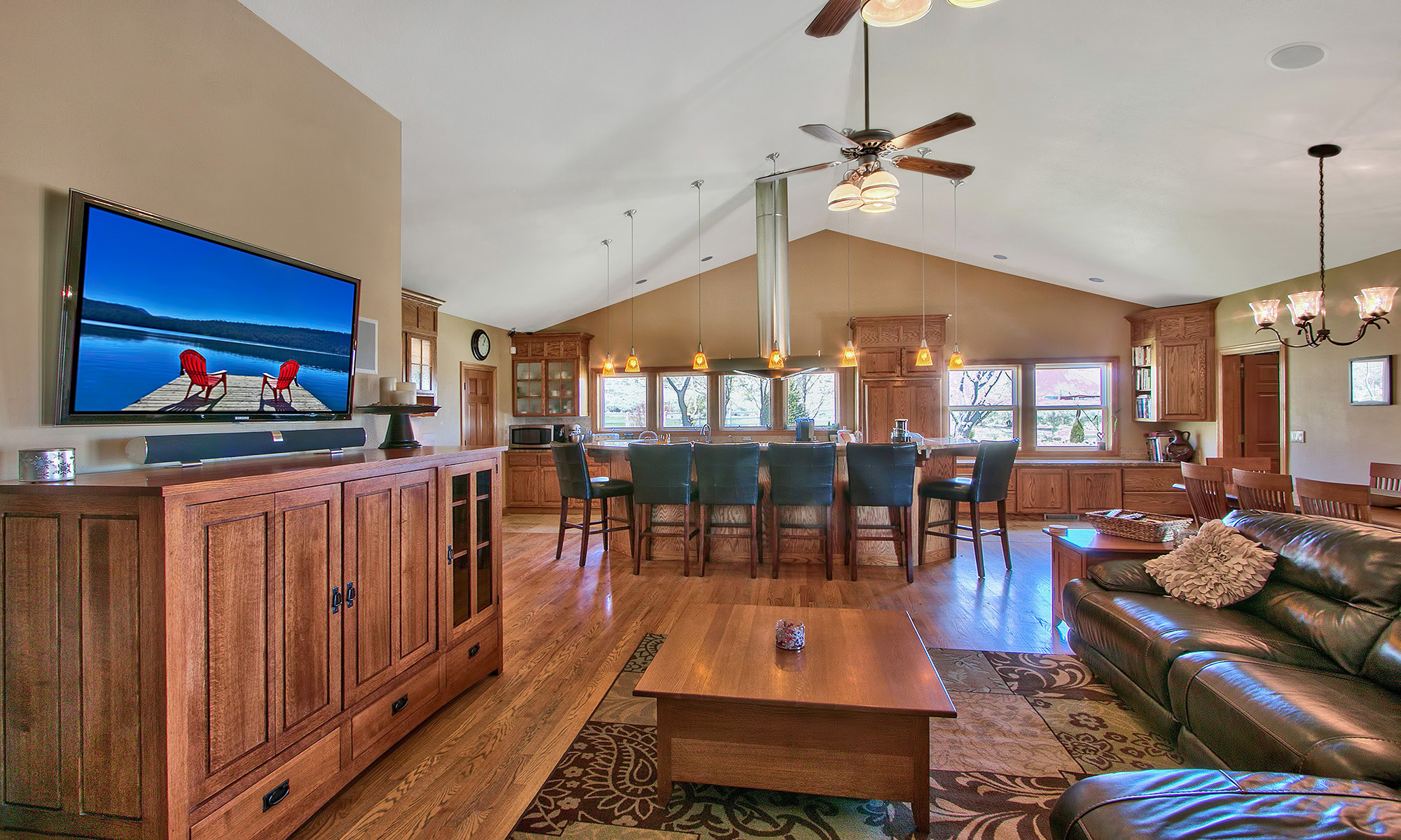 獨棟家庭住宅 為 出售 在 238 Laura Springs Circle Gardnerville, 內華達州 89460 美國