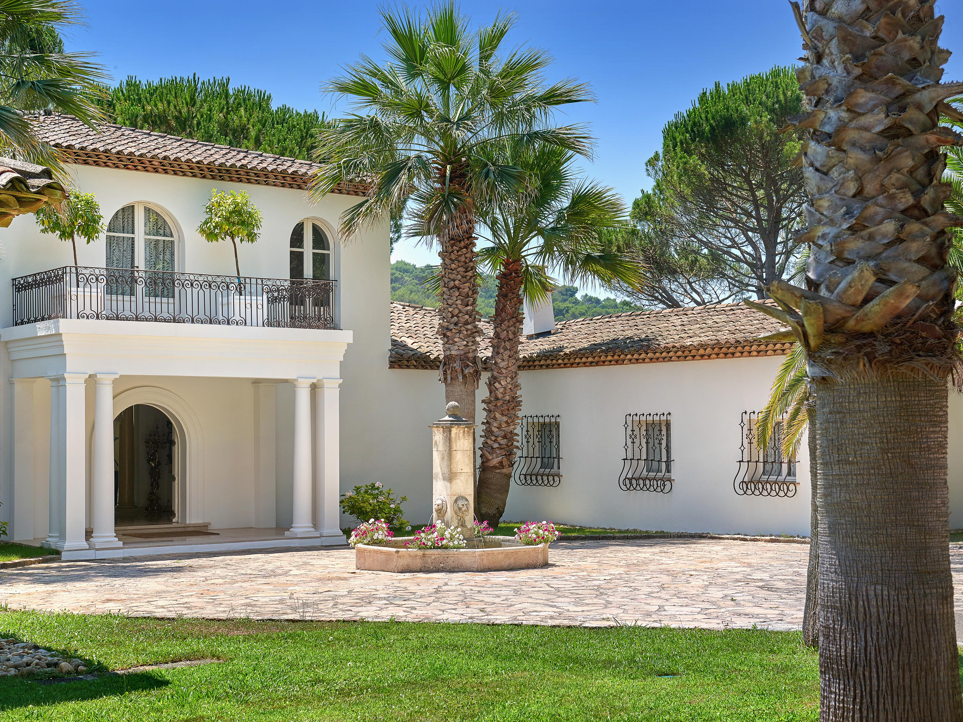 Single Family Home for Sale at Splendid Mediterranean villa with enchanting setting Mougins Mougins, Provence-Alpes-Cote D'Azur 06250 France