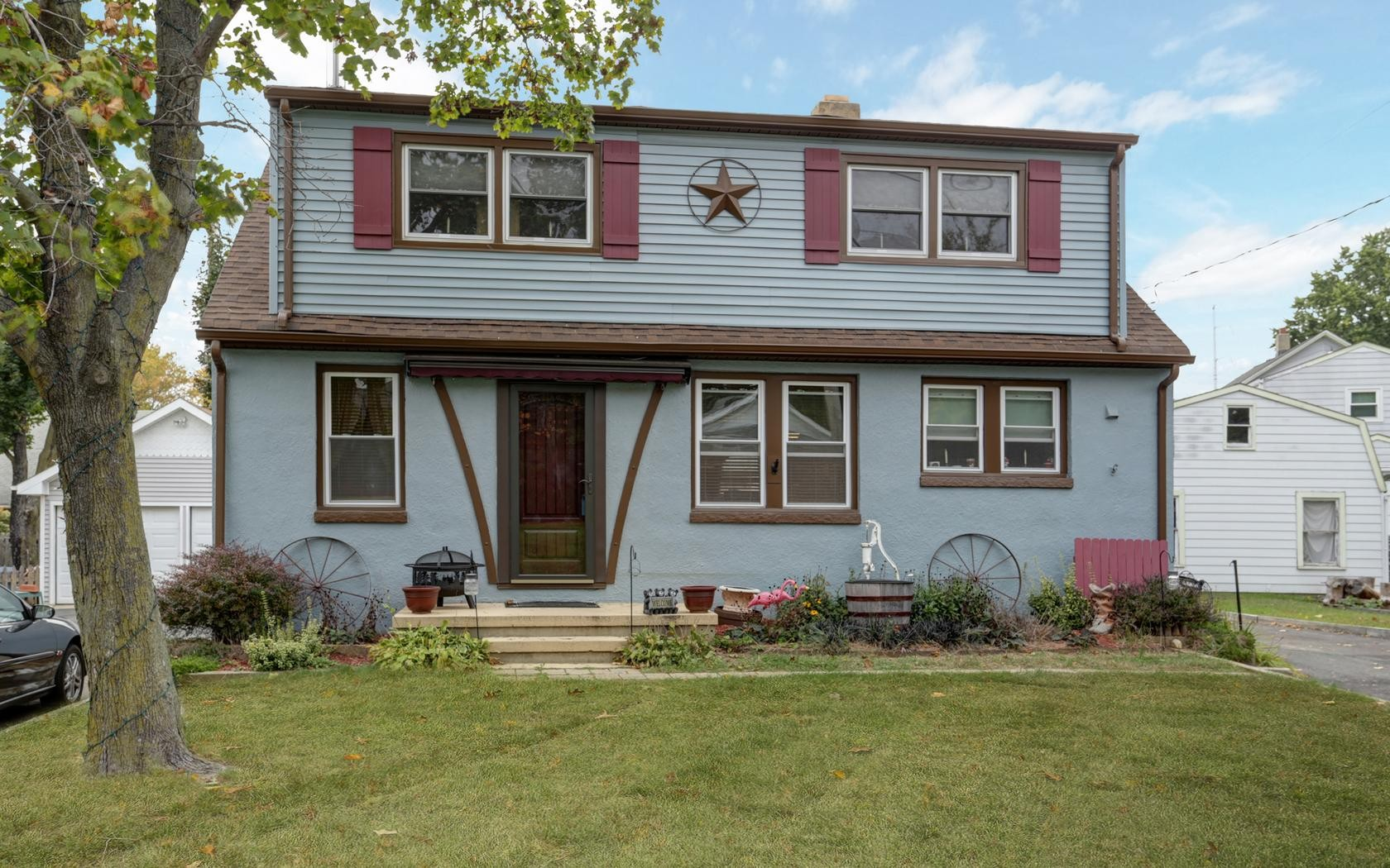 Частный односемейный дом для того Продажа на 10 Texas Rd. Matawan, Нью-Джерси 07747 Соединенные Штаты