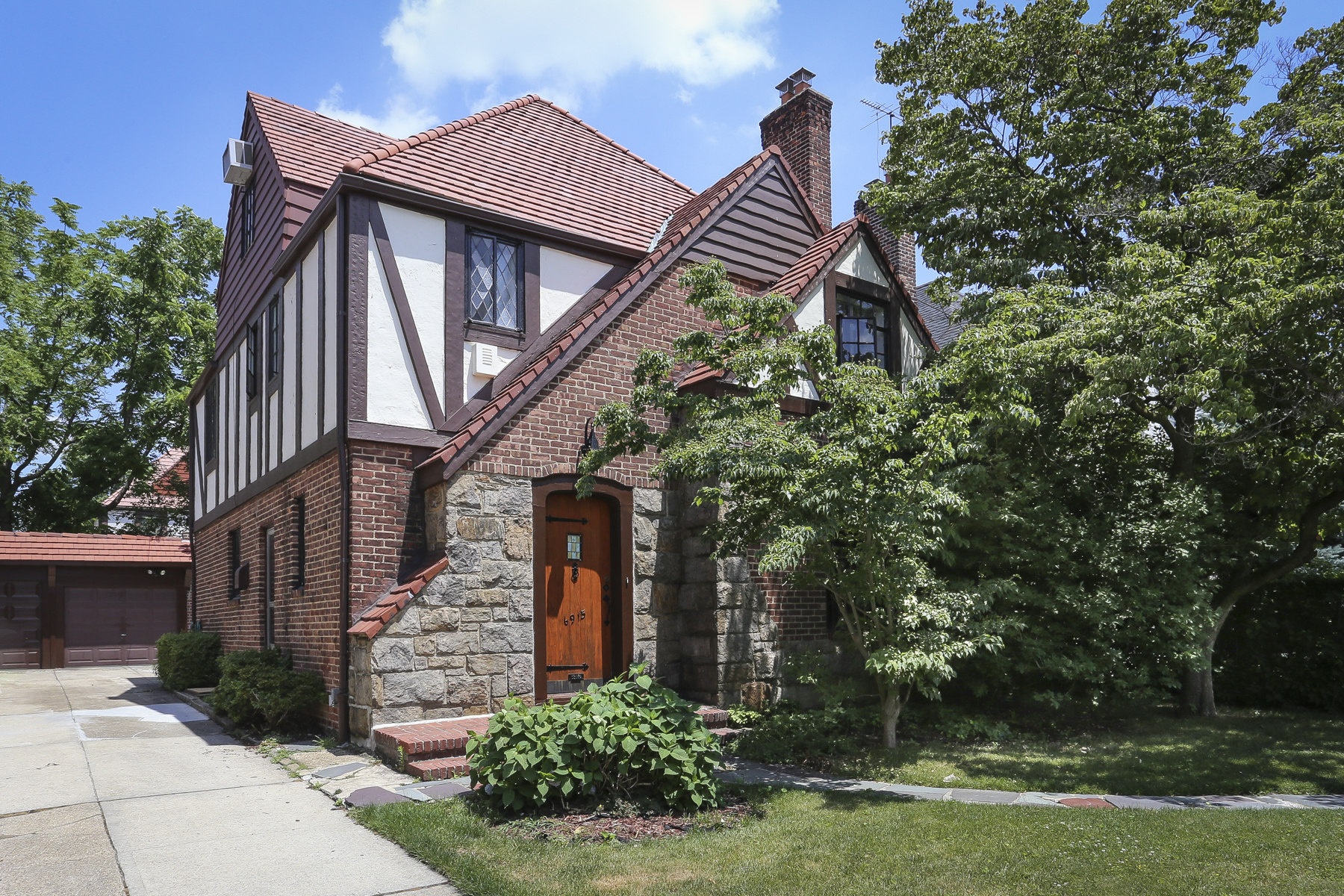 "Apartment for Rent at ""LOVELY DETACHED TUDOR HOME"" Forest Hills, New York 11375 United States"