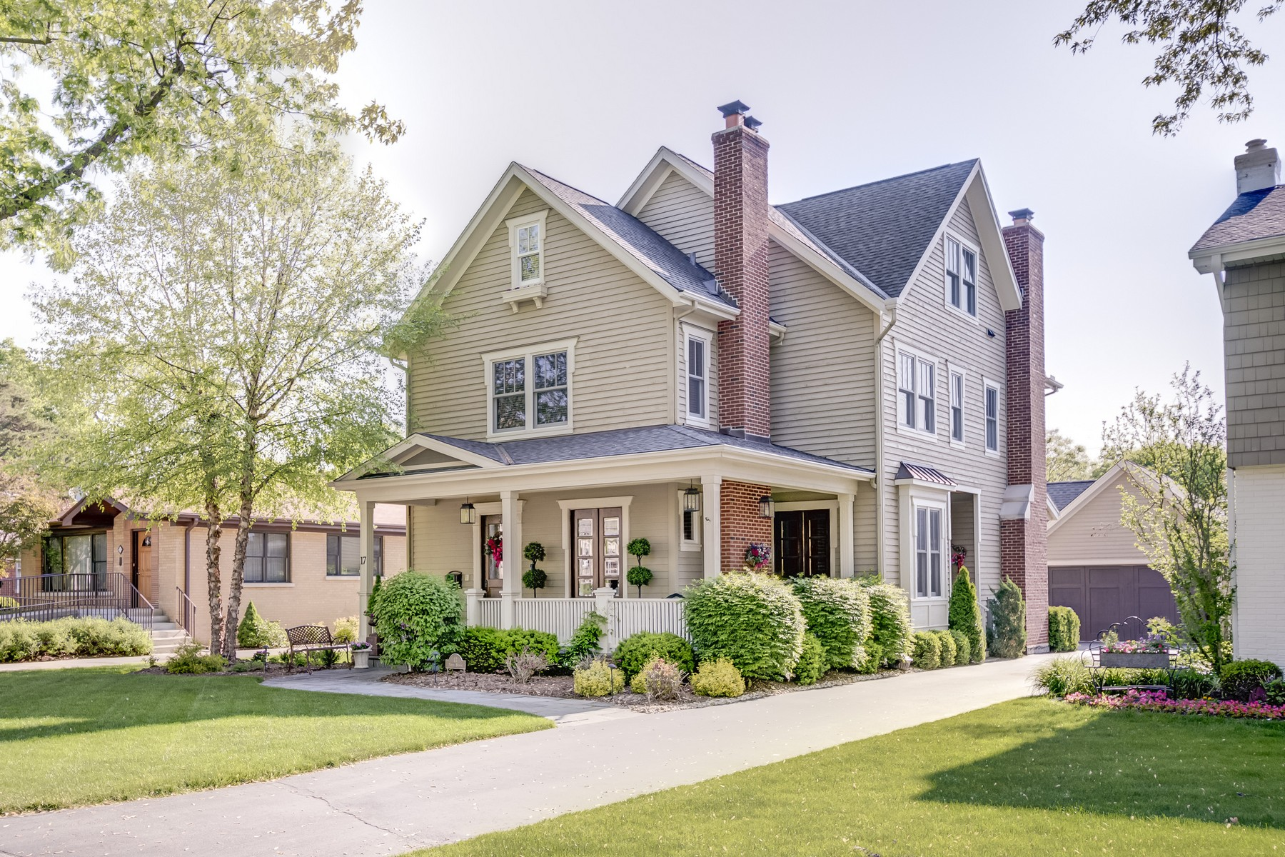 Single Family Home for Sale at Charming Hinsdale Home 17 N Bruner Street Hinsdale, Illinois, 60521 United States