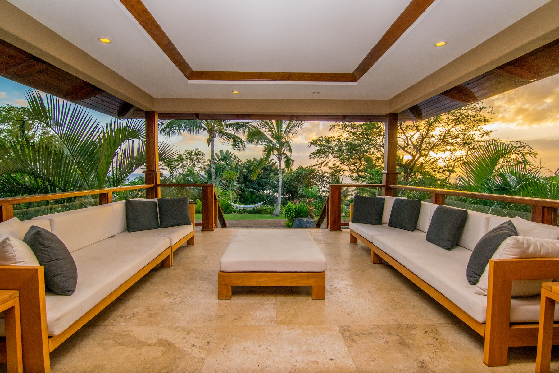 Maison unifamiliale pour l Vente à Makena Luxury Home 7131 Makena Road Wailea, Hawaii 96753 États-Unis