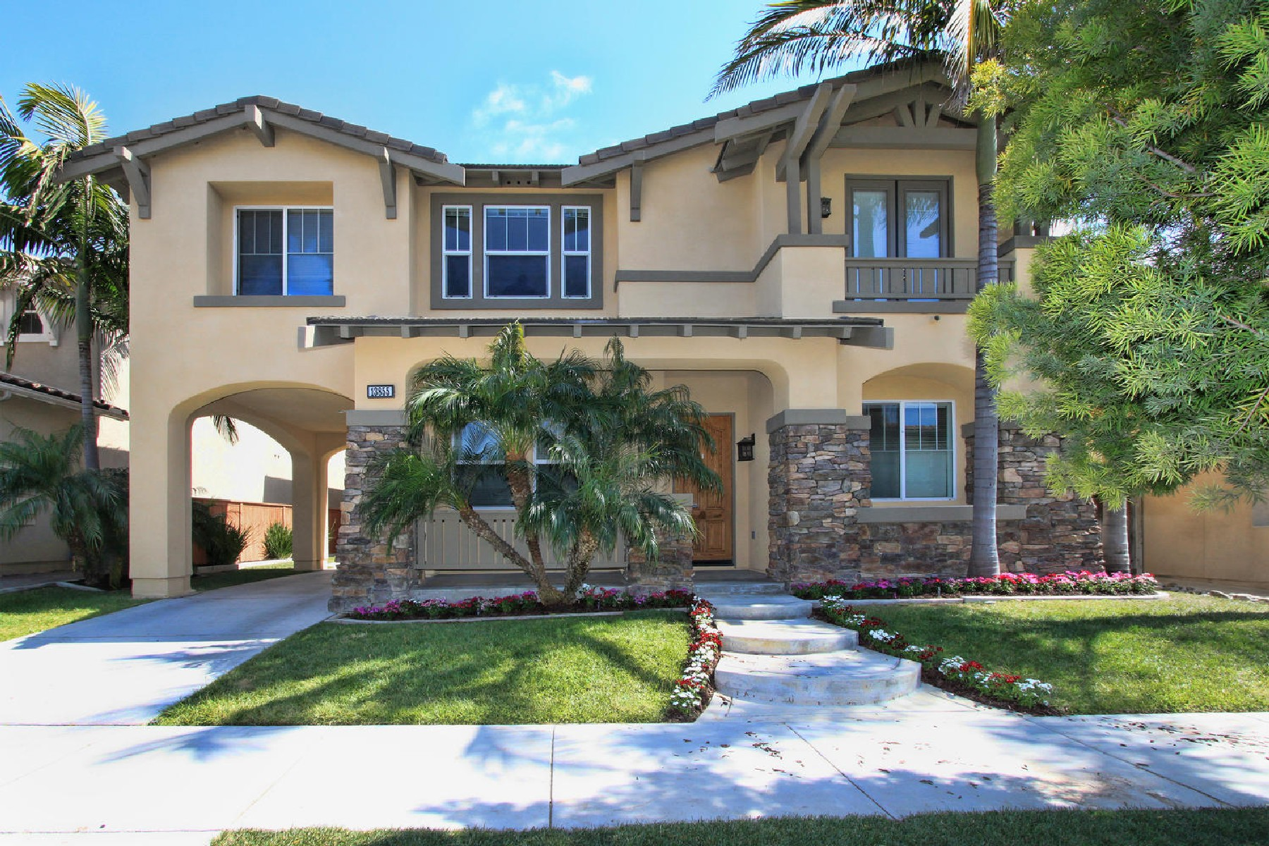 Casa para uma família para Venda às Kerry Lane 13855 Kerry Lane Carmel Valley, San Diego, Califórnia, 92130 Estados Unidos