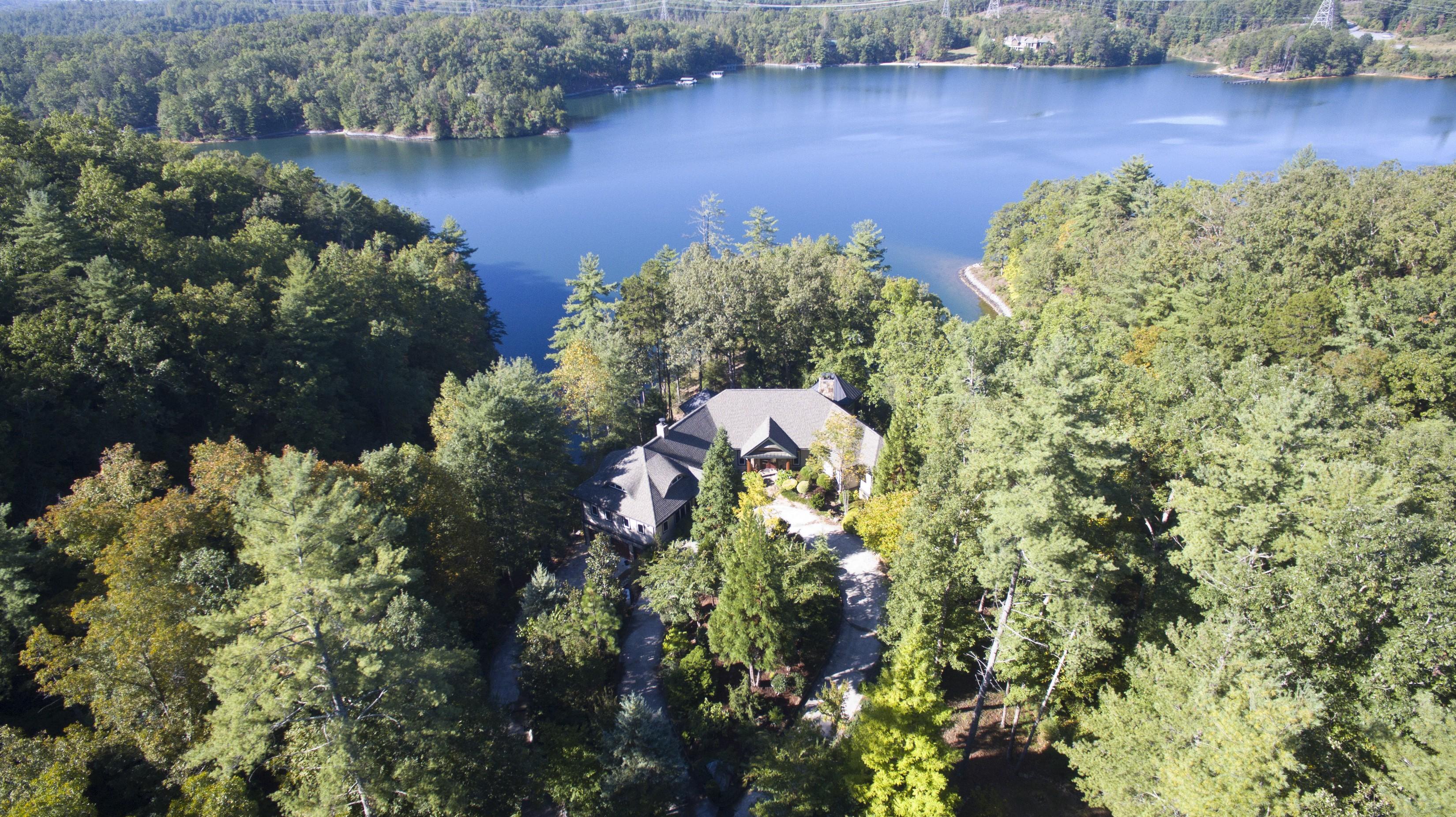 獨棟家庭住宅 為 出售 在 19.54 Waterfront Acres on Peninsula, Frank Lloyd Wright Inspired Home 110 Witch Hazel Trail The Cliffs At Keowee Vineyards, Sunset, 南卡羅來納州 29685 美國