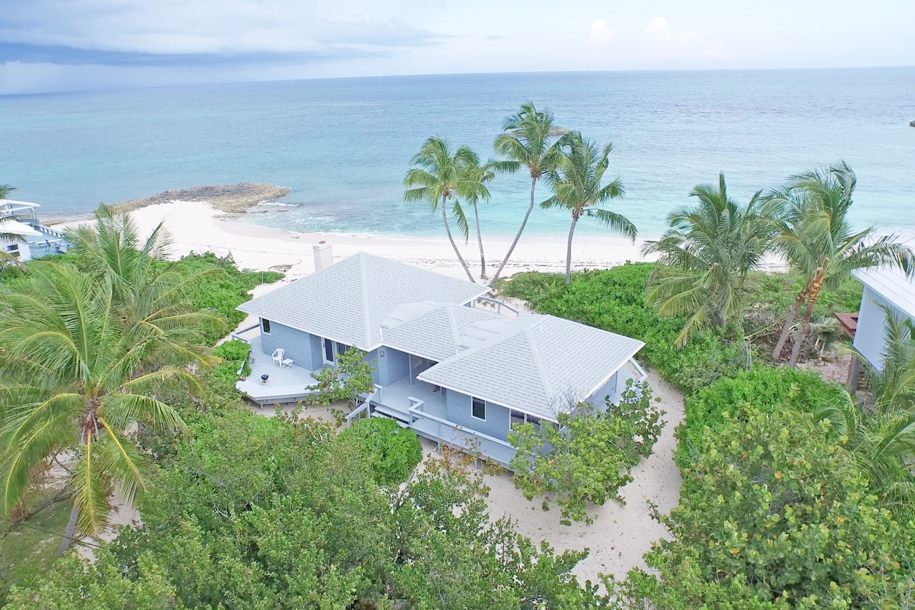 Additional photo for property listing at Leeway Elbow Cay Hope Town, Abaco Bahamas