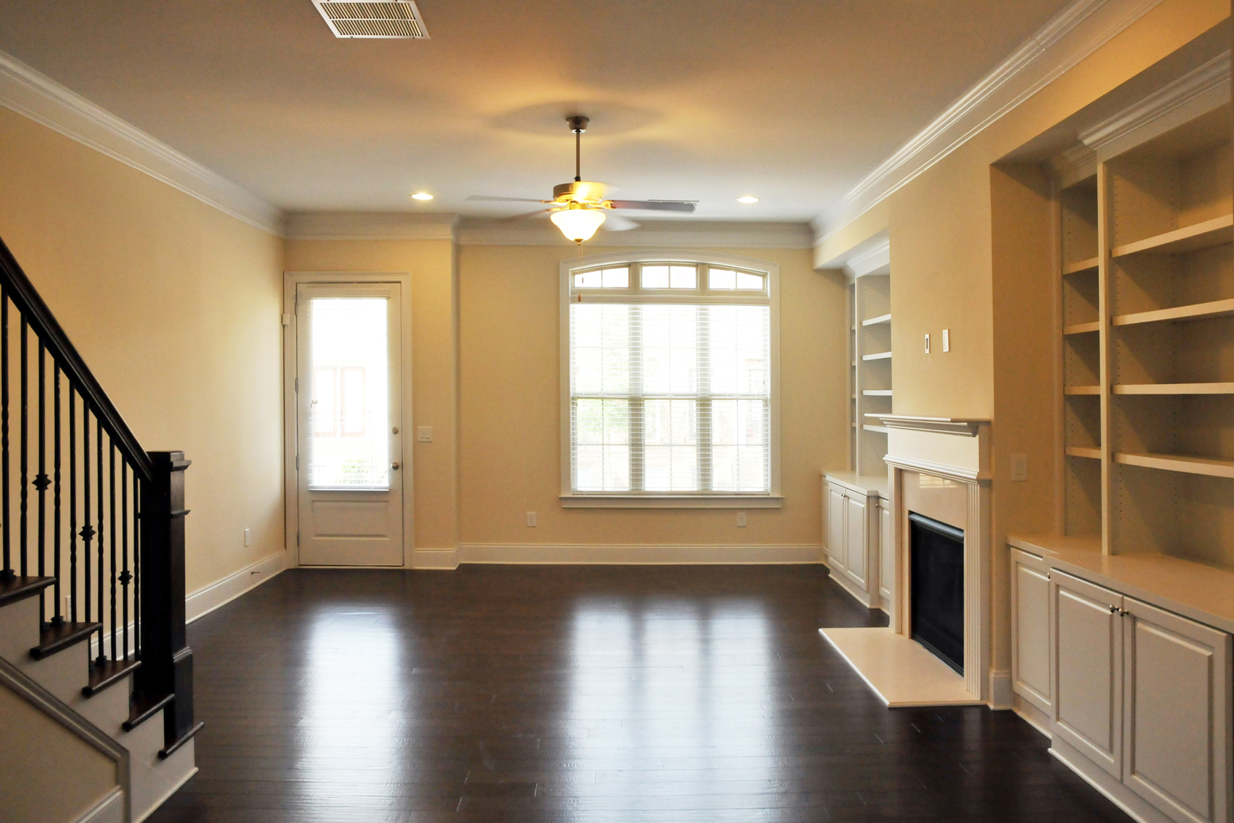 rentals property at Luxurious Townhome