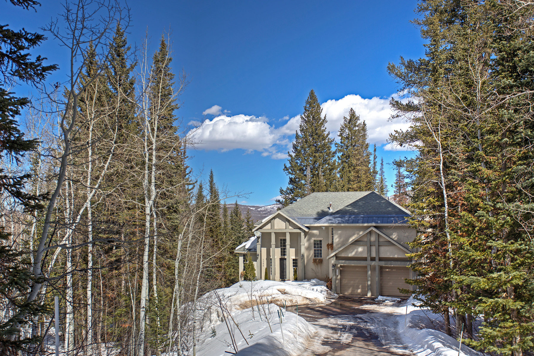 Single Family Home for Sale at Updated Mountain Masterpiece Compliments Nature 3364 Buckboard Dr Park City, Utah, 84098 United States