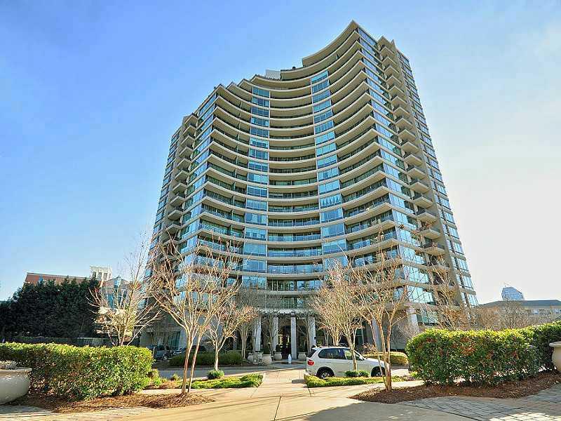 Condominium for Sale at Park Regency 700 Park Regency Place NE #702 Buckhead, Atlanta, Georgia 30326 United States