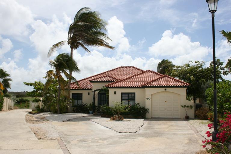 Nhà ở một gia đình vì Bán tại Villa di Oro 60 Malmok, Aruba