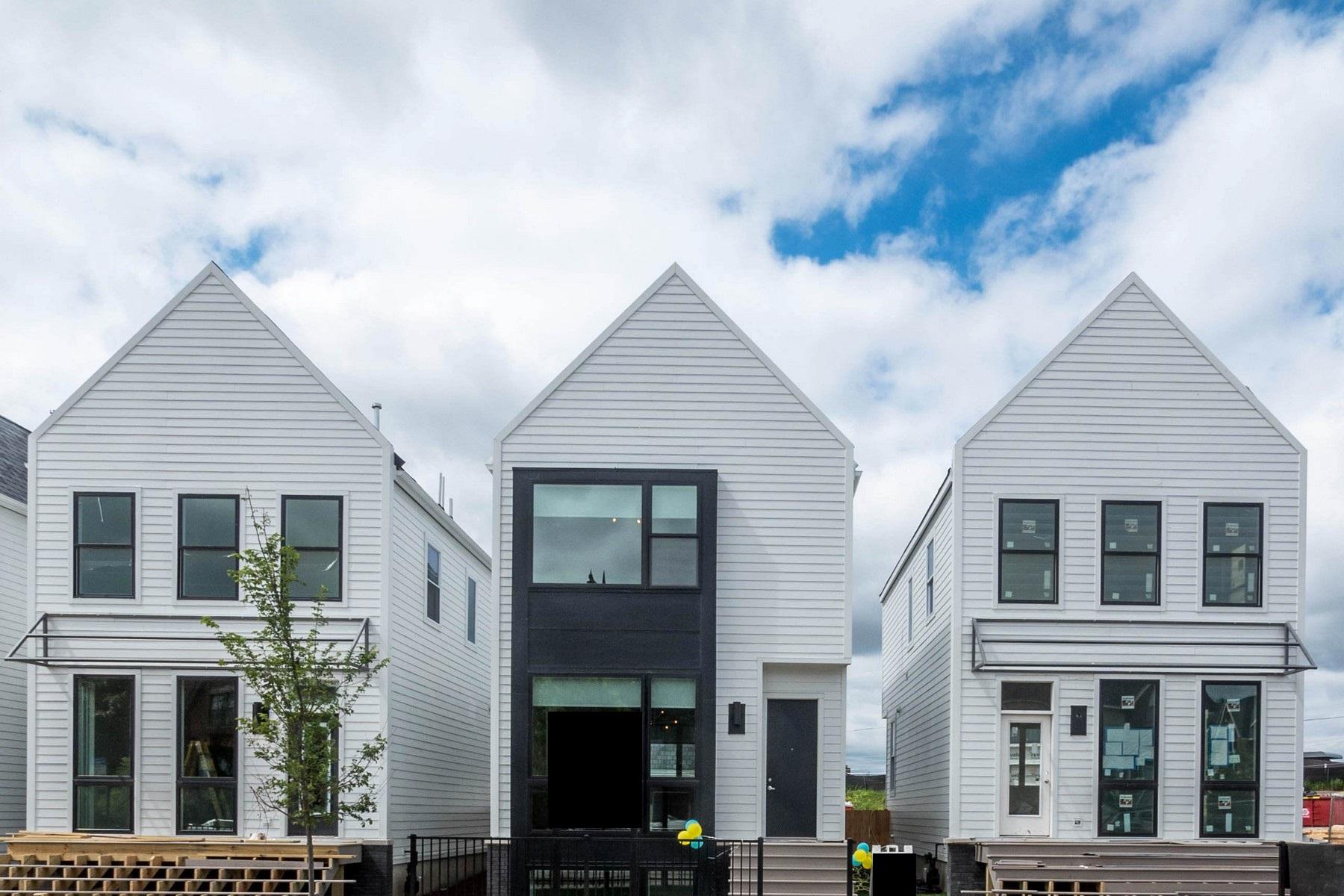 Частный односемейный дом для того Продажа на Great New Development 3730 N Milwaukee Avenue Irving Park, Chicago, Иллинойс, 60641 Соединенные Штаты