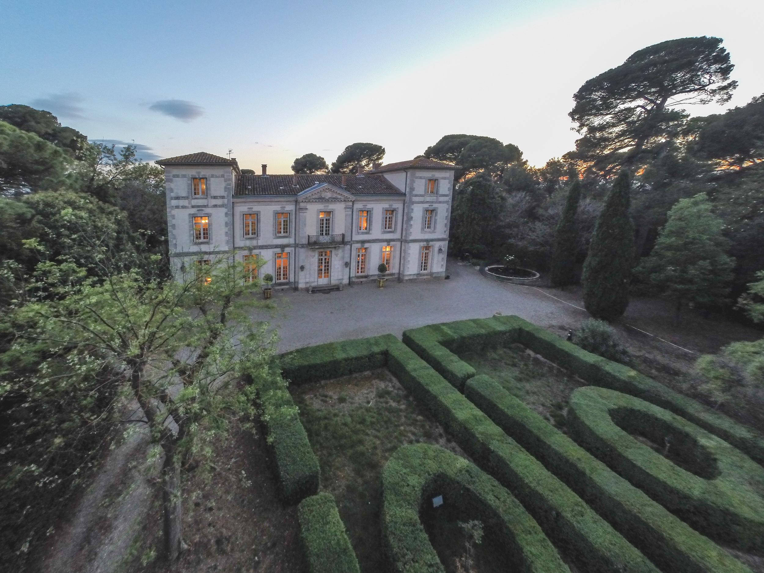 Property Of PROPRIETE D'EXCEPTION PROCHE DE LA MER