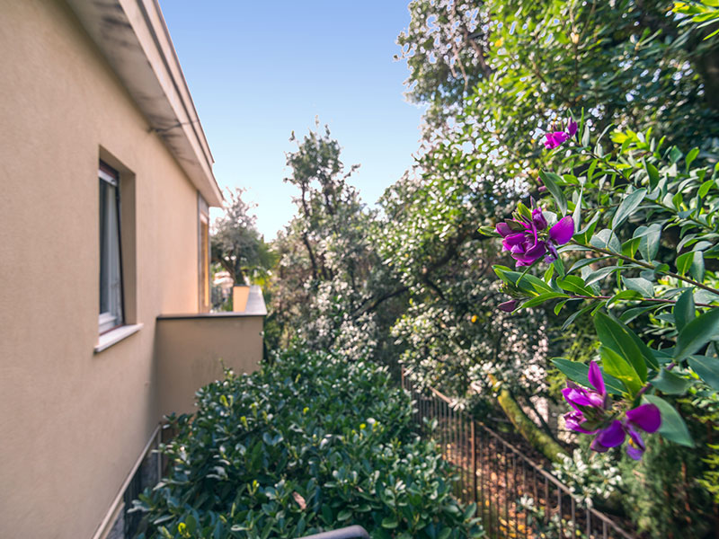 Additional photo for property listing at Nice villa with sea view and pool Via Conca del Sole Santa Margherita Ligure, Genoa 16035 Italy
