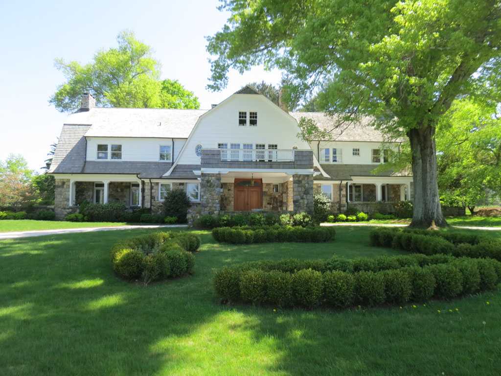 sales property at Broad Brook Farm