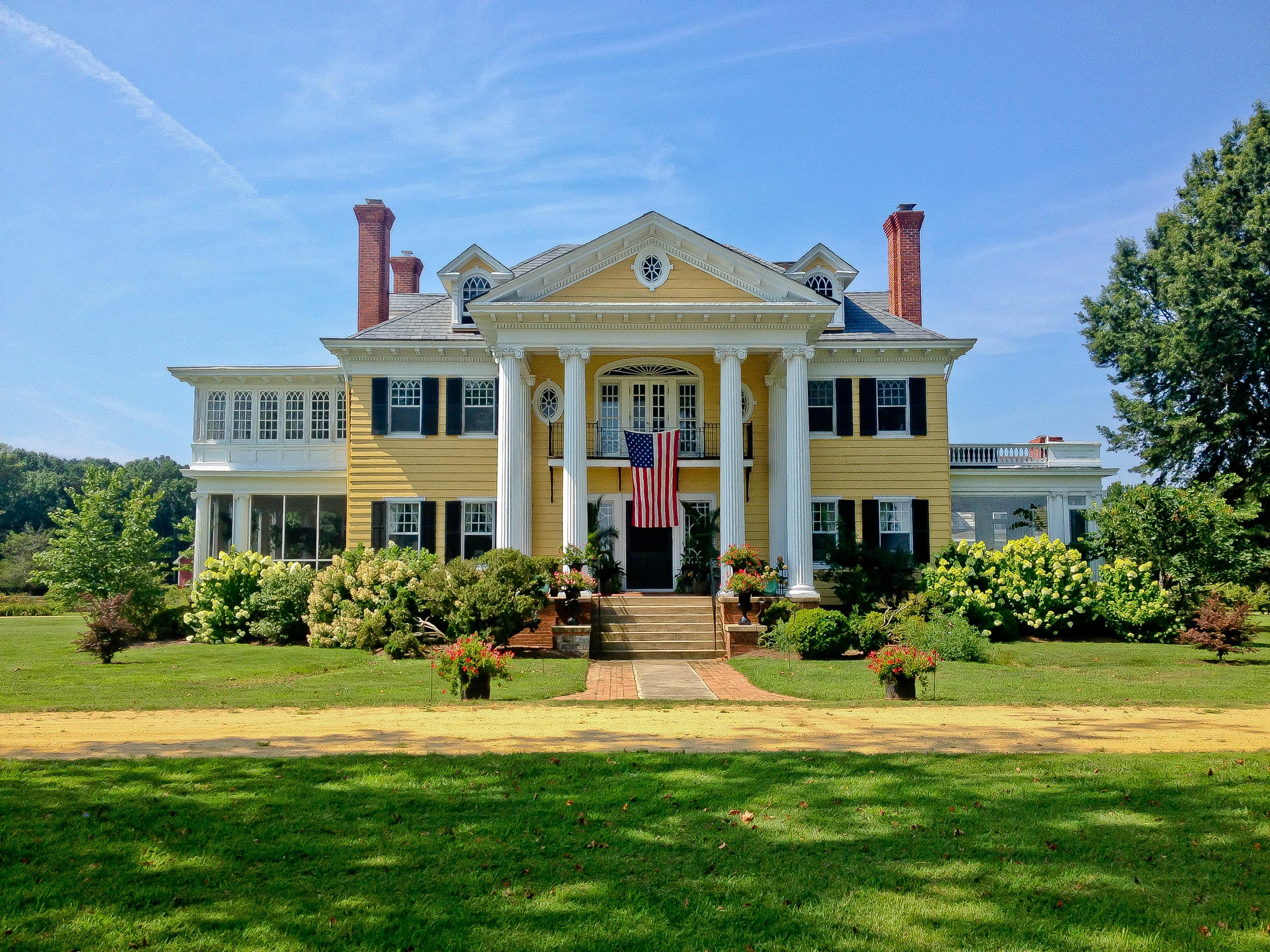 Casa Unifamiliar por un Venta en Oak Hall 7281 Oak Hall Ln Gloucester, Virginia, 23178 Estados Unidos