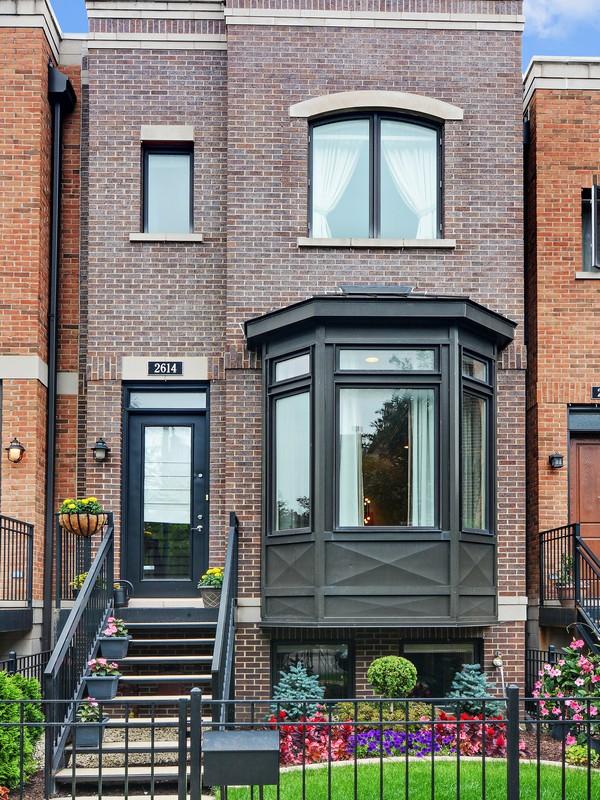 Tek Ailelik Ev için Satış at Incredible Columbia Place Rowhome 2614 N Paulina Street Lincoln Park, Chicago, Illinois, 60614 Amerika Birleşik Devletleri