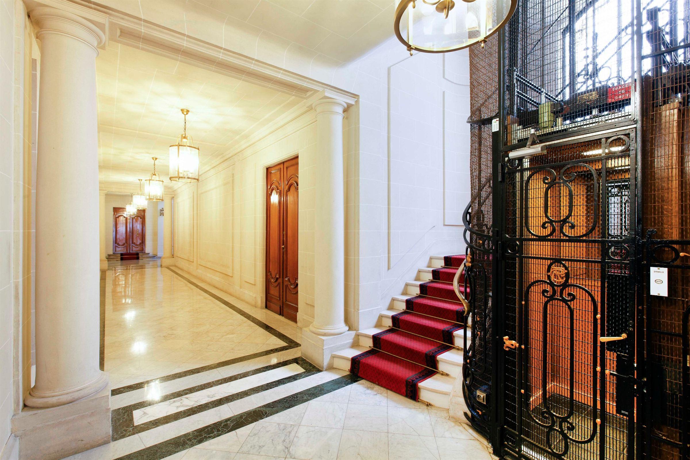 Apartamento por un Venta en Apartment - Bd Malesherbes Paris, Paris 75017 Francia
