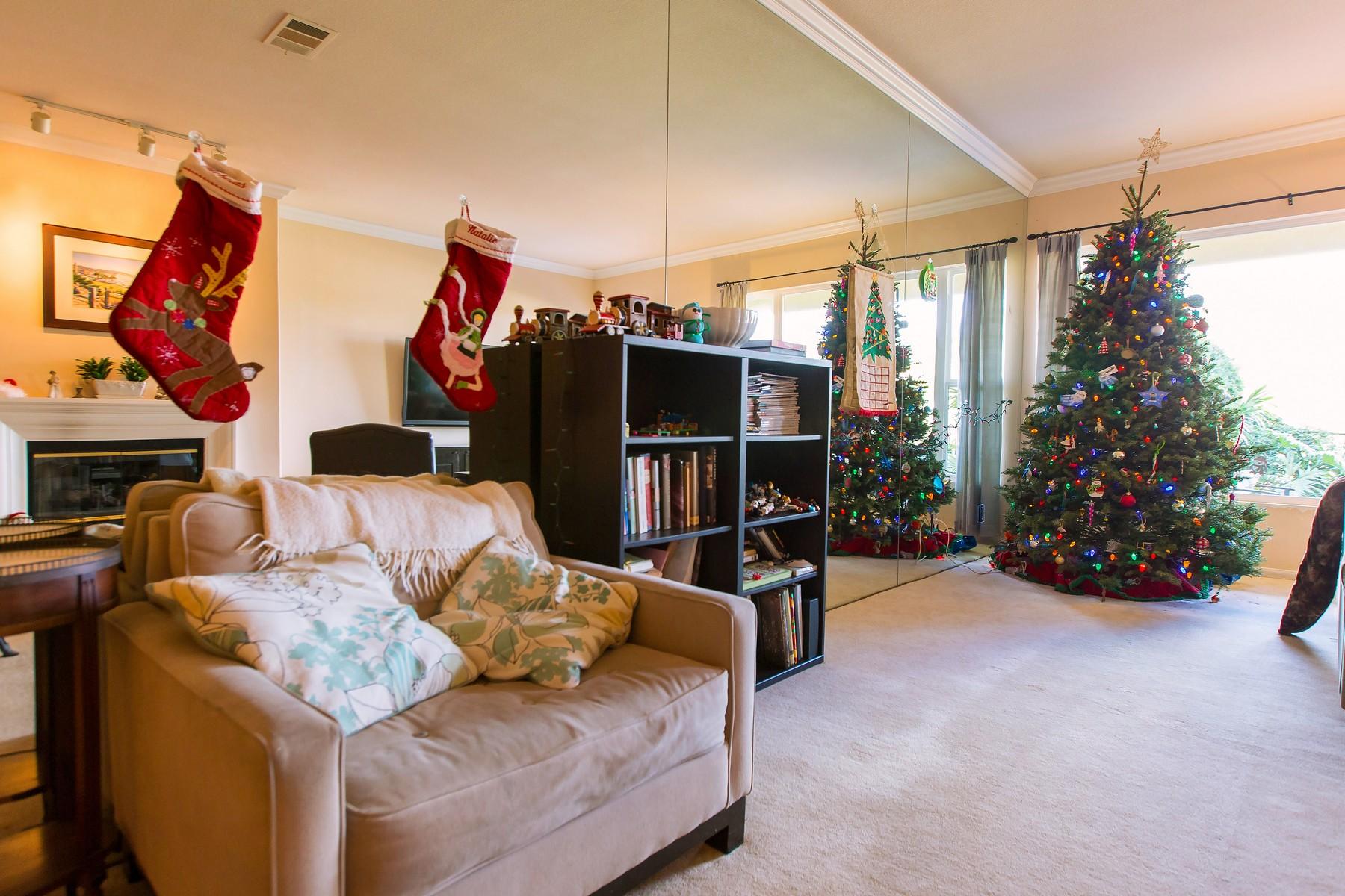 Appartement en copropriété pour l Vente à 2534 Navarra Drive B Carlsbad, Californie 92009 États-Unis