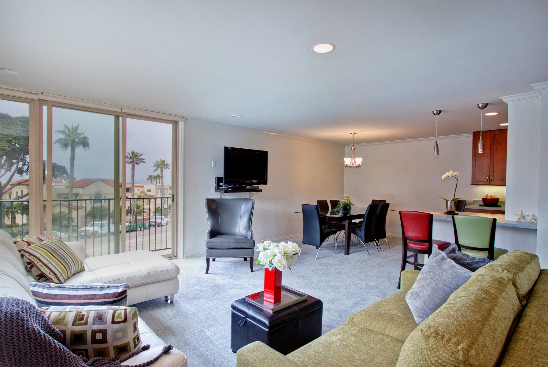 Condominium for Sale at Coast Regency 909 Coast Blvd Unit 6 La Jolla, California 92037 United States