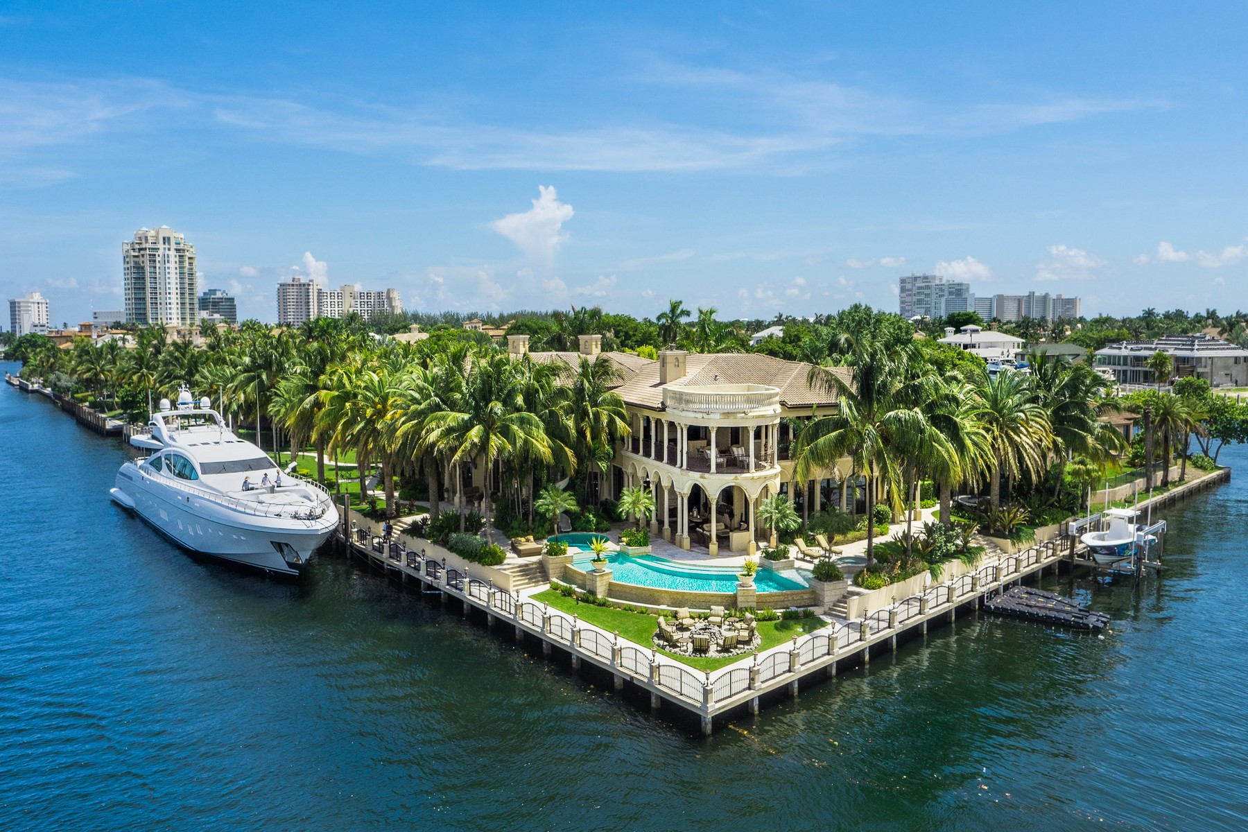 Other Residential for Sale at 5 Harborage Isle DR Fort Lauderdale, Florida 33316 United States