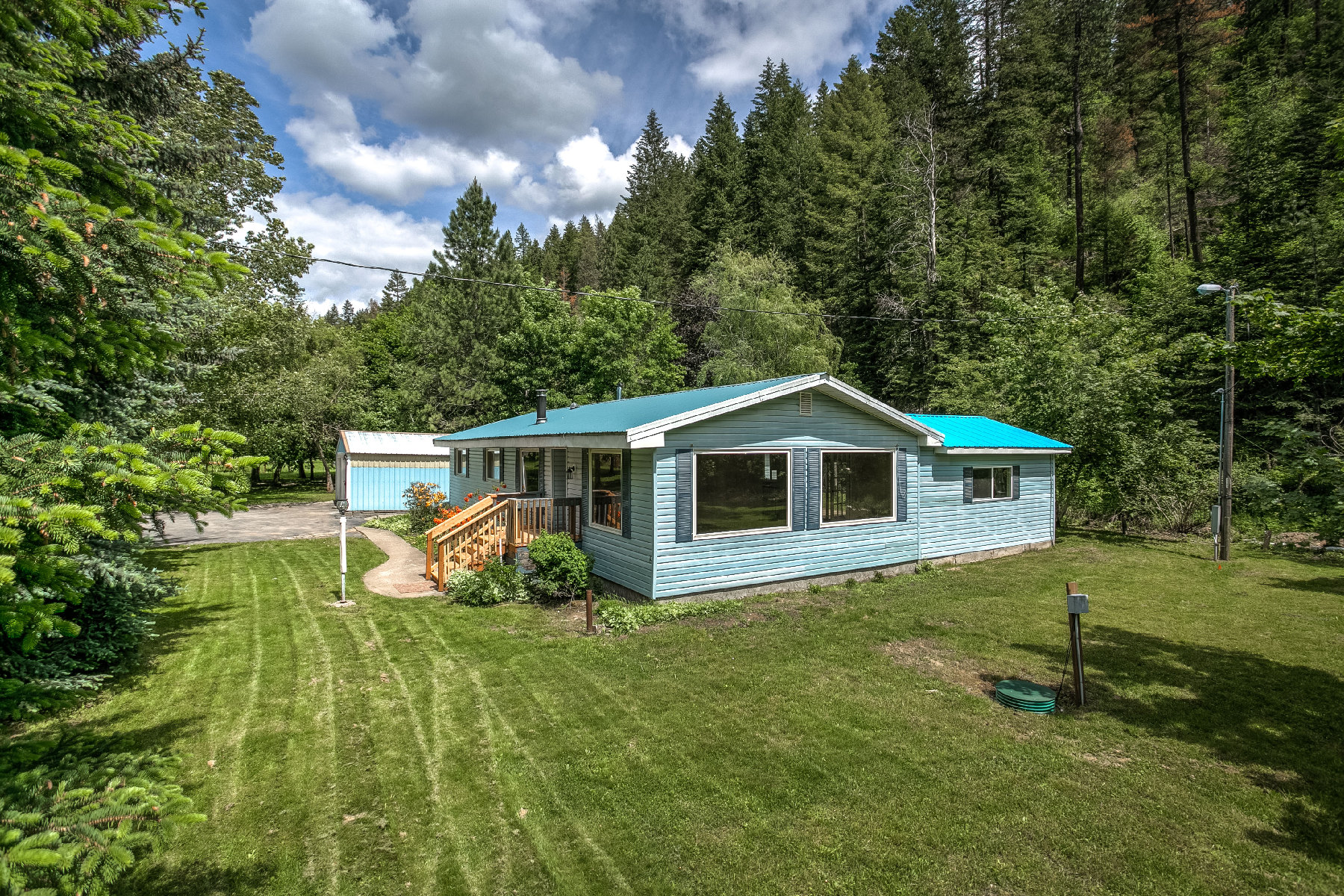 Single Family Home for Sale at Remodeled with Seasonal Creek and Acreage 5844 S Blue Creek Coeur D Alene, Idaho, 83814 United States