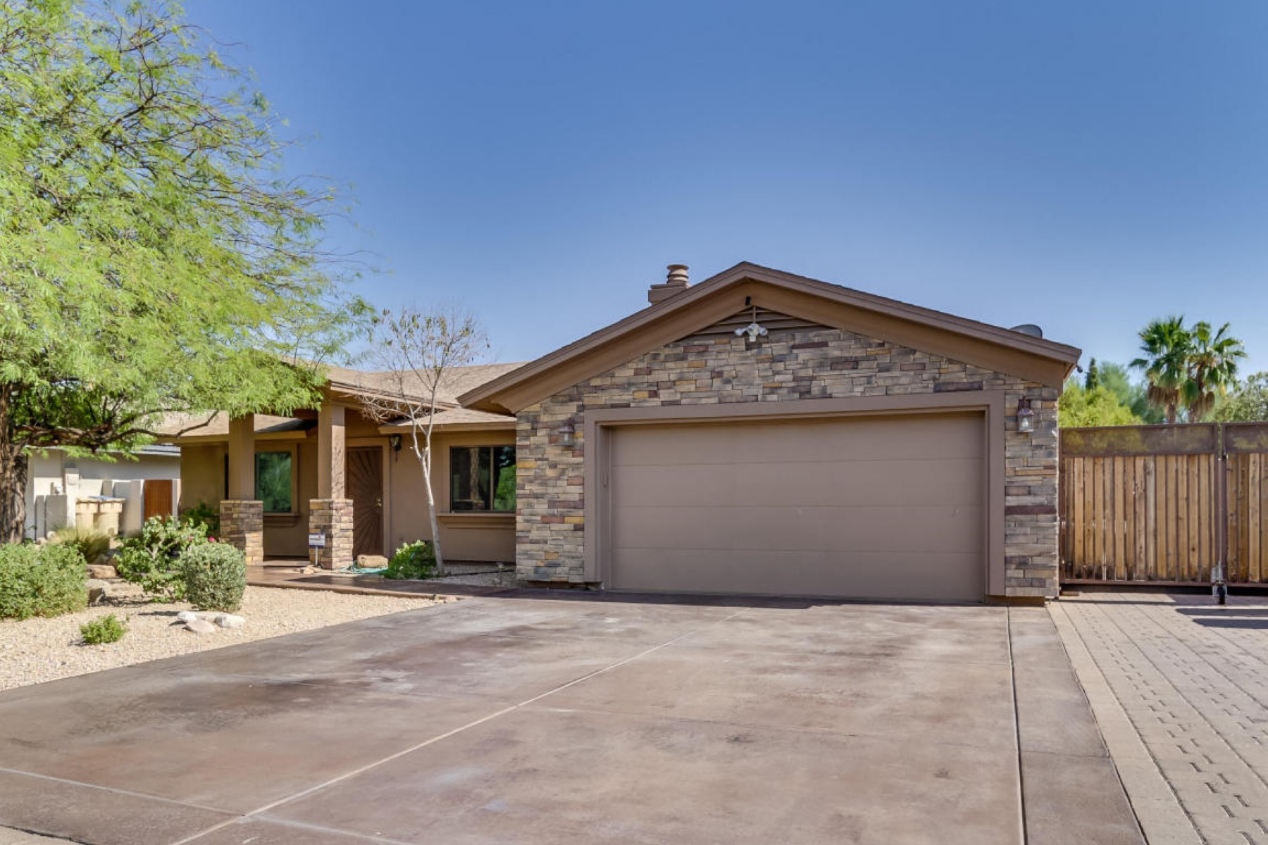 Single Family Home for Sale at Upgraded property tucked in a quiet enclave in Fountain Hills 17511 E San Marcus Dr Fountain Hills, Arizona, 85268 United States