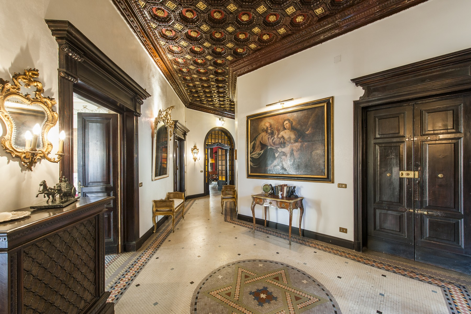 公寓 為 出售 在 Magnificent Apartment at Palazzo del Ragno Rome, 羅馬, 義大利