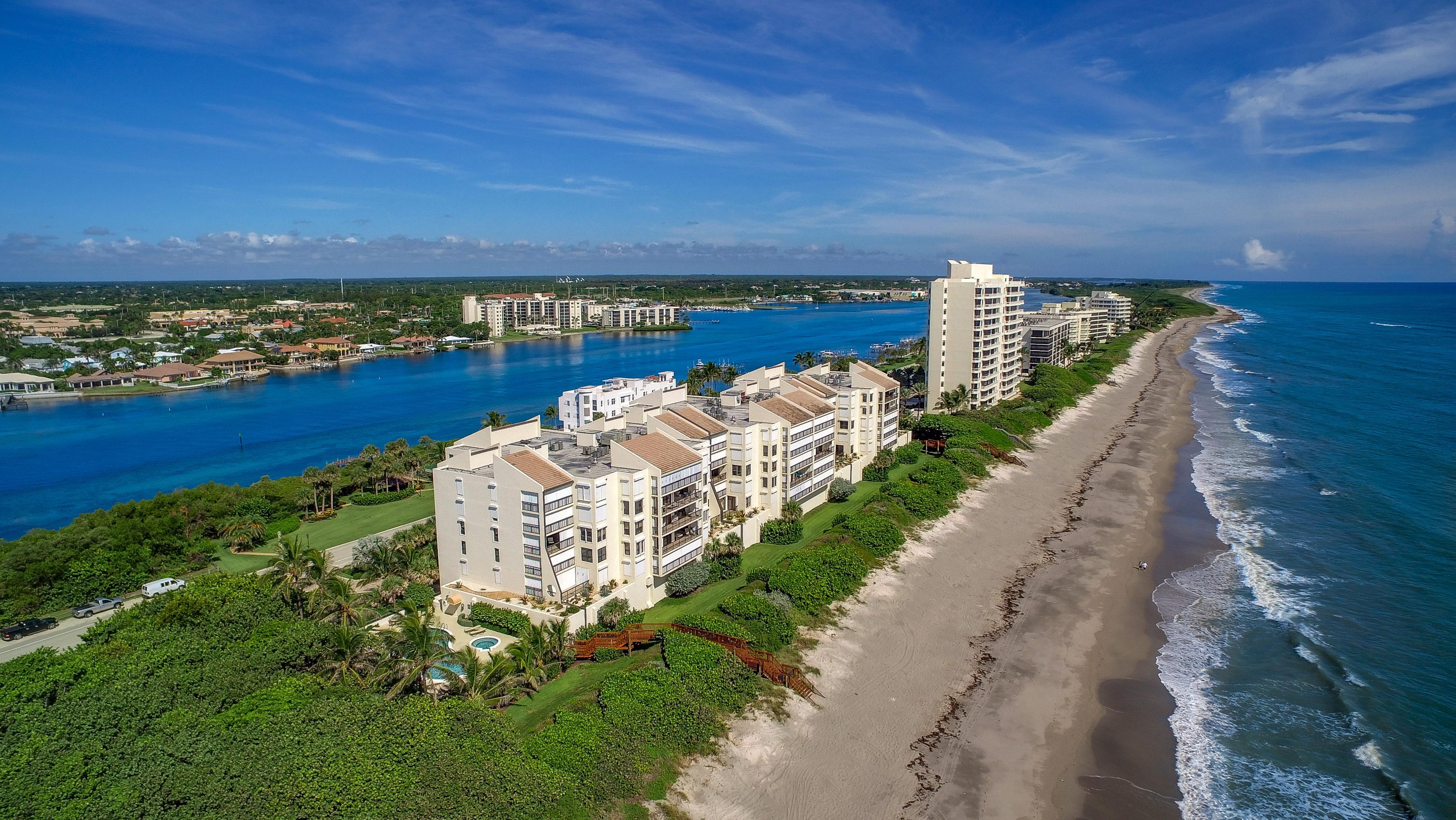 共管式独立产权公寓 为 销售 在 19670 Beach Road A515 德贵斯塔, 佛罗里达州, 33469 美国