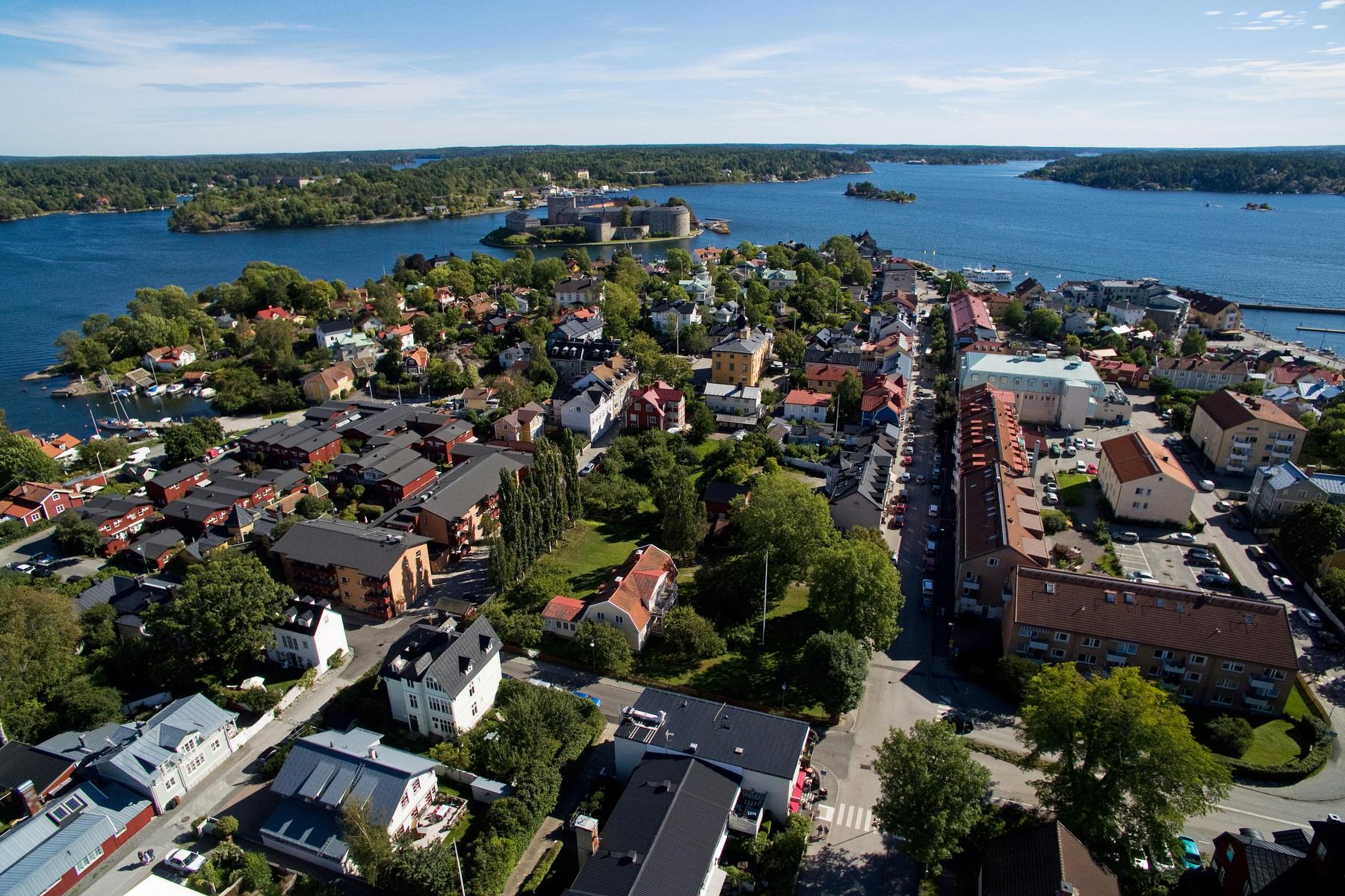 단독 가정 주택 용 매매 에 A traditional Vaxholm style home, built in 2003 Vaxholm, Stockholm, 스웨덴