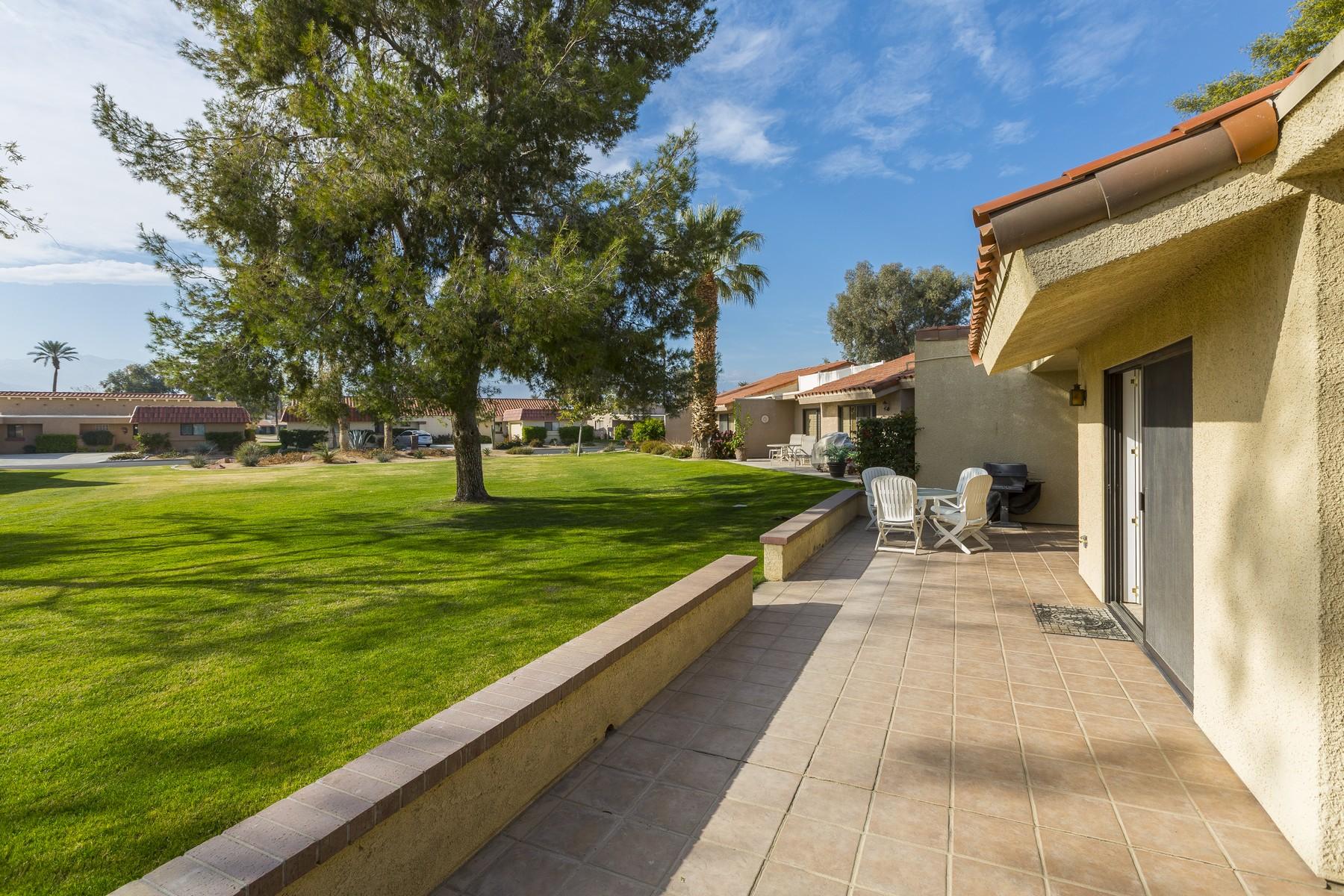 共管物業 為 出售 在 77383 Sawgrass Circle Palm Desert, 加利福尼亞州, 92211 美國