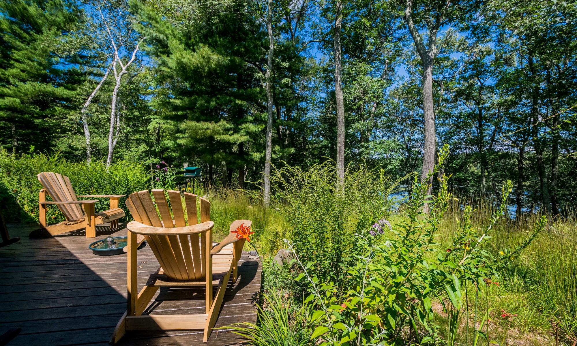 Terrain pour l Vente à Spectacular Pond Views 12 Huntley Lane Lincoln, Massachusetts 01773 États-Unis