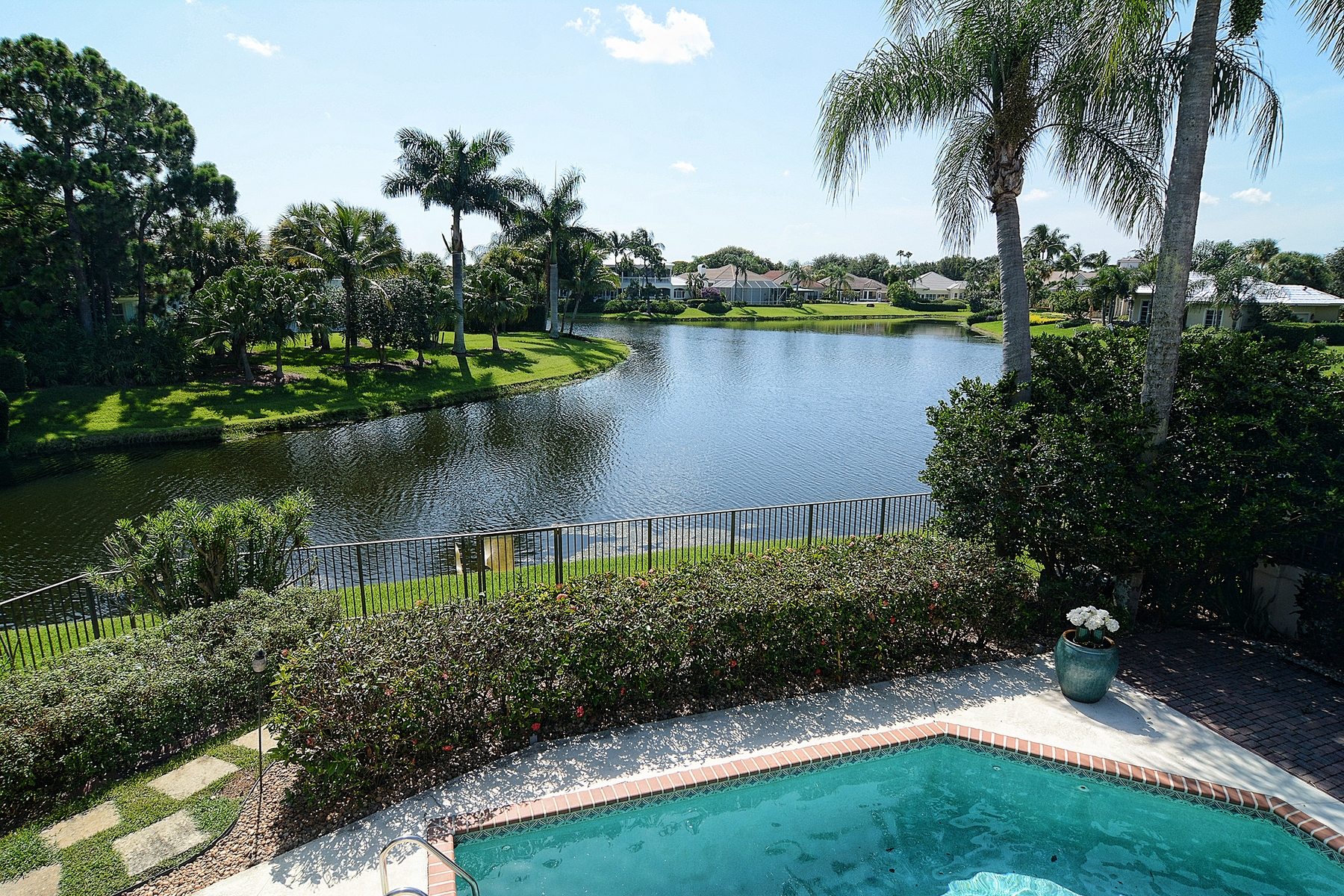 Single Family Home for Sale at 204 Chinook Lane The Loxahatchee Club, Jupiter, Florida, 33458 United States