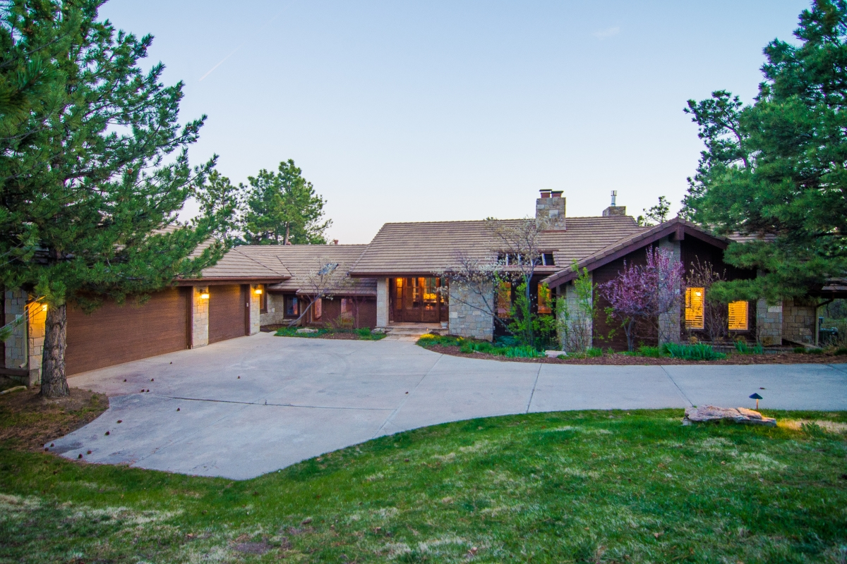 Single Family Home for Sale at Beautiful blend of Old World Colorado and Luxury 106 Castle Pines Dr S Castle Pines Village, Castle Rock, Colorado 80108 United States