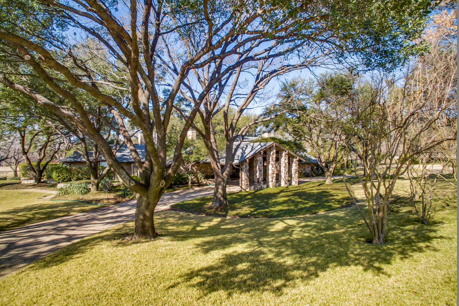 Property For Sale at 1974 Glamorous Ranch House on 4.48 Acres