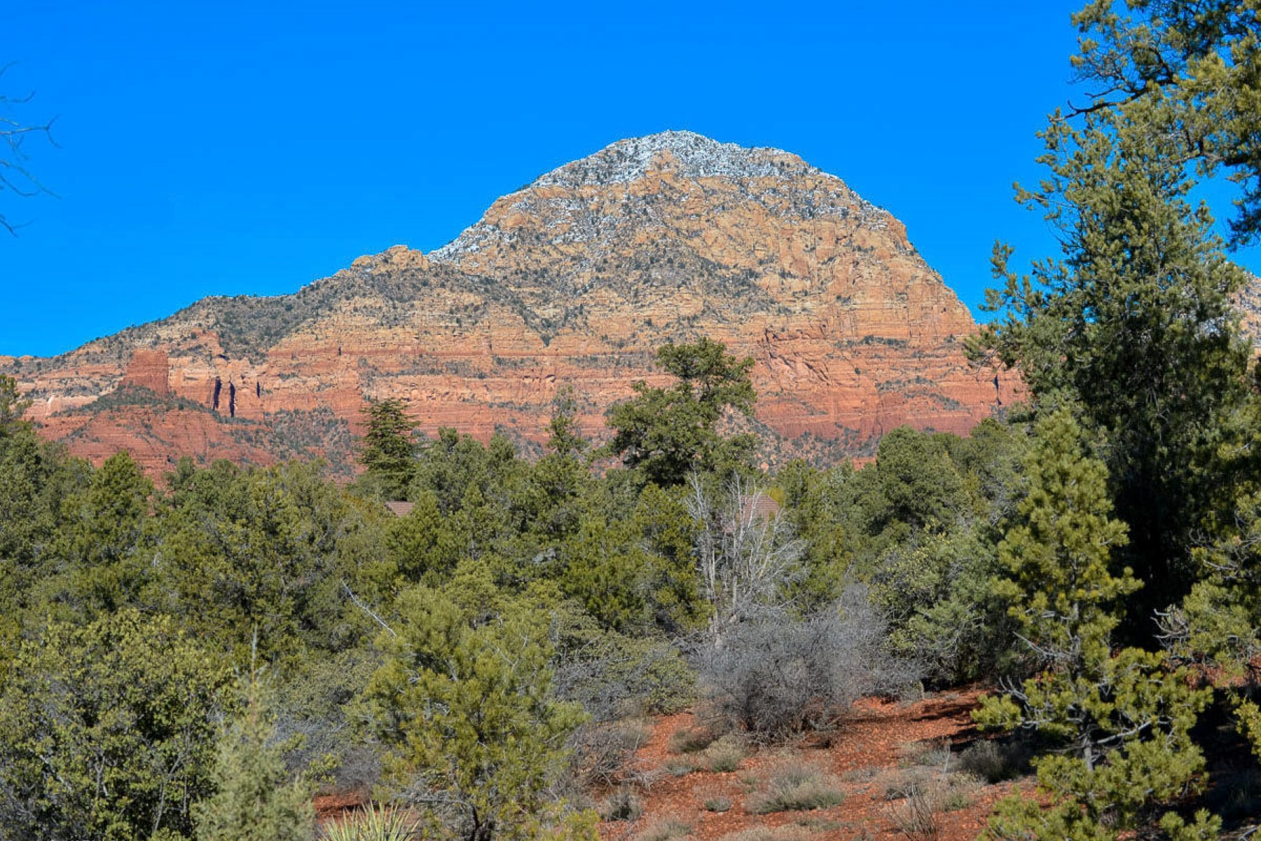 土地 為 出售 在 A rare find with a multitude of uses and possibilities 165 Golden Eagle Drive Sedona, 亞利桑那州, 86336 美國