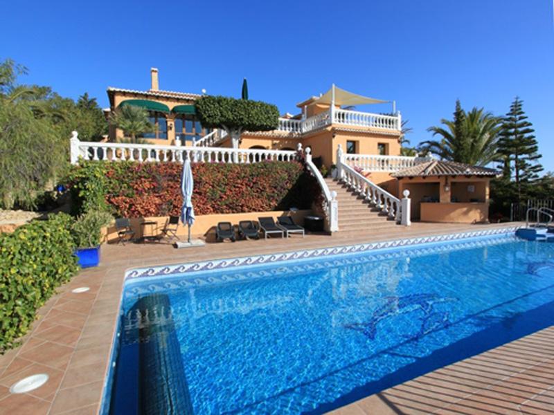 Nhà ở một gia đình vì Bán tại Superb villa with breathtaking views Moraira, Alicante Costa Blanca 03590 Tây Ban Nha