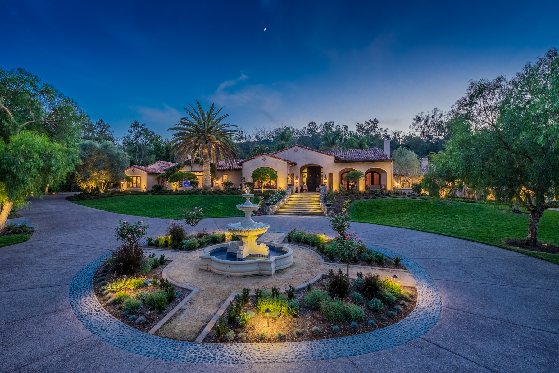 Single Family Home for Sale at 16250 Rambla De Las Flores Rancho Santa Fe, California, 92067 United States