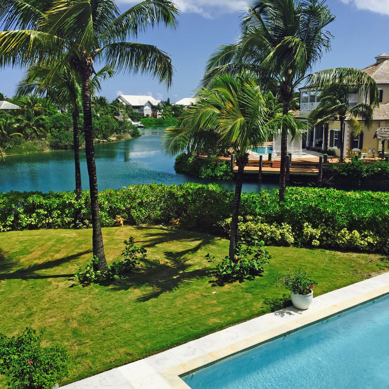 Single Family Home for Sale at Wapiti Estate, Old Fort Bay Old Fort Bay, Nassau And Paradise Island Bahamas